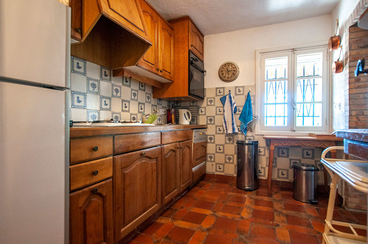 A vendre Chateauneuf Grasse - 4 chambers a renovér