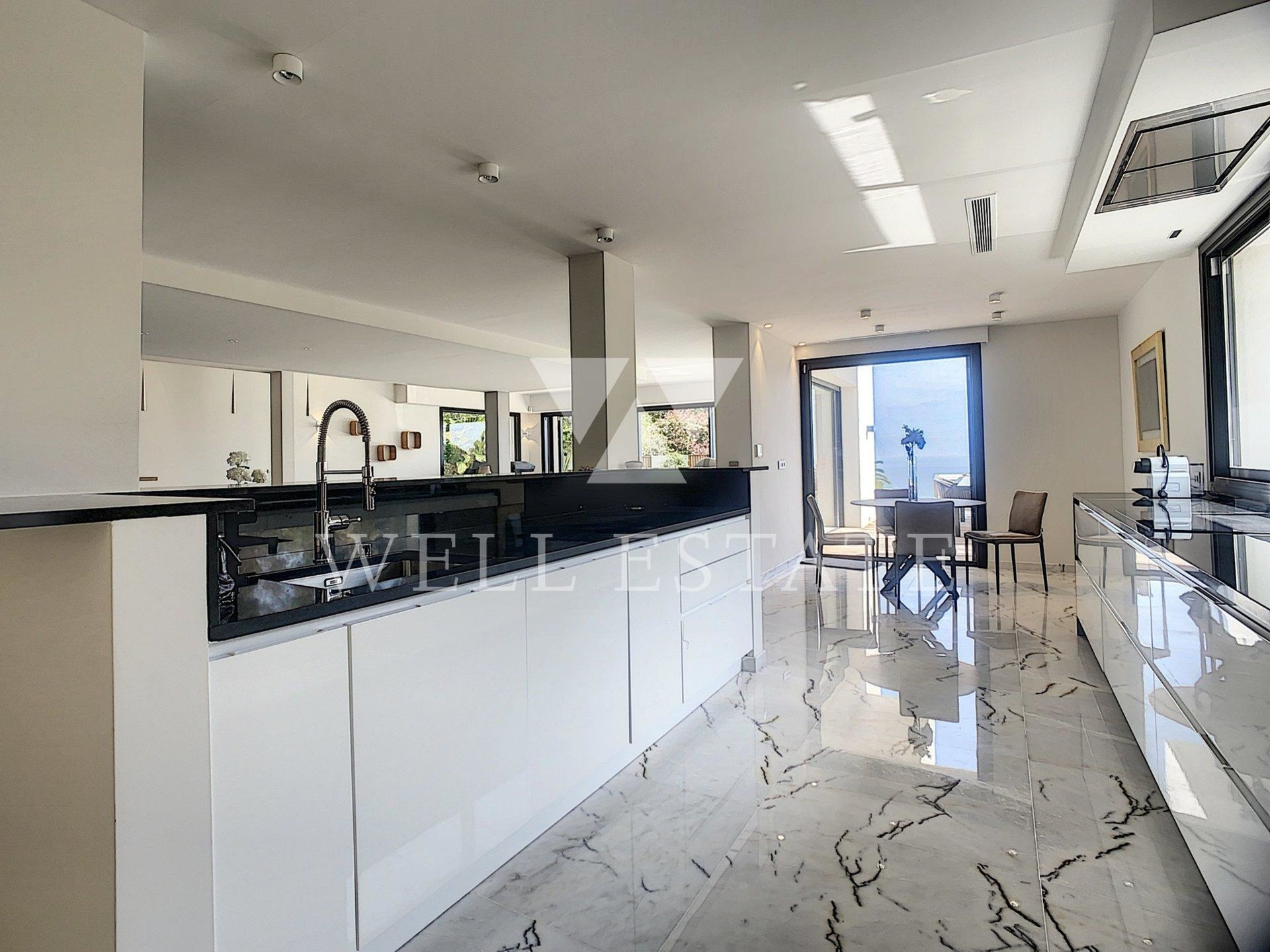 FOR RENT CANNES CONTEMPORAINE VILLA 300M2 5 BEDROOMS WITH POOL AND SEA VIEW