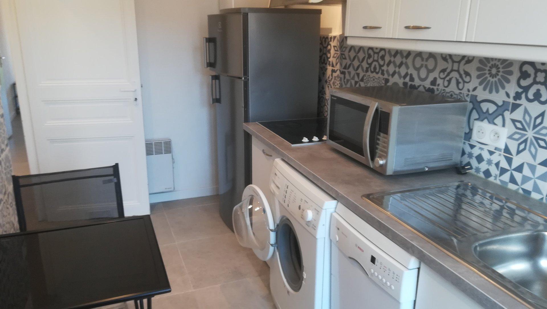 1 bedroom apartment - furnished