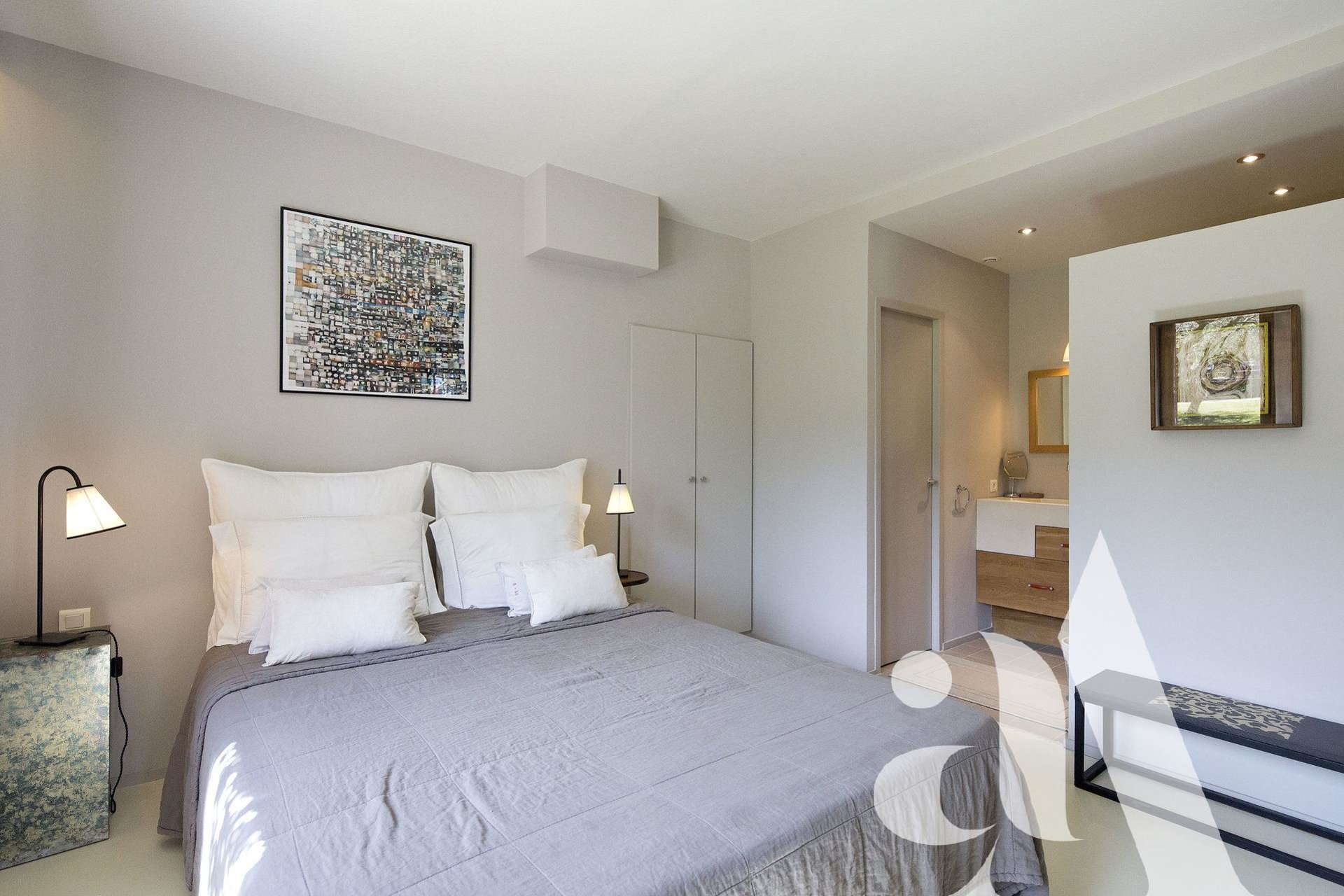 LE MAS DES LAVANDES - ST-REMY DE PROVENCE - 7 chambres - 12 personnes
