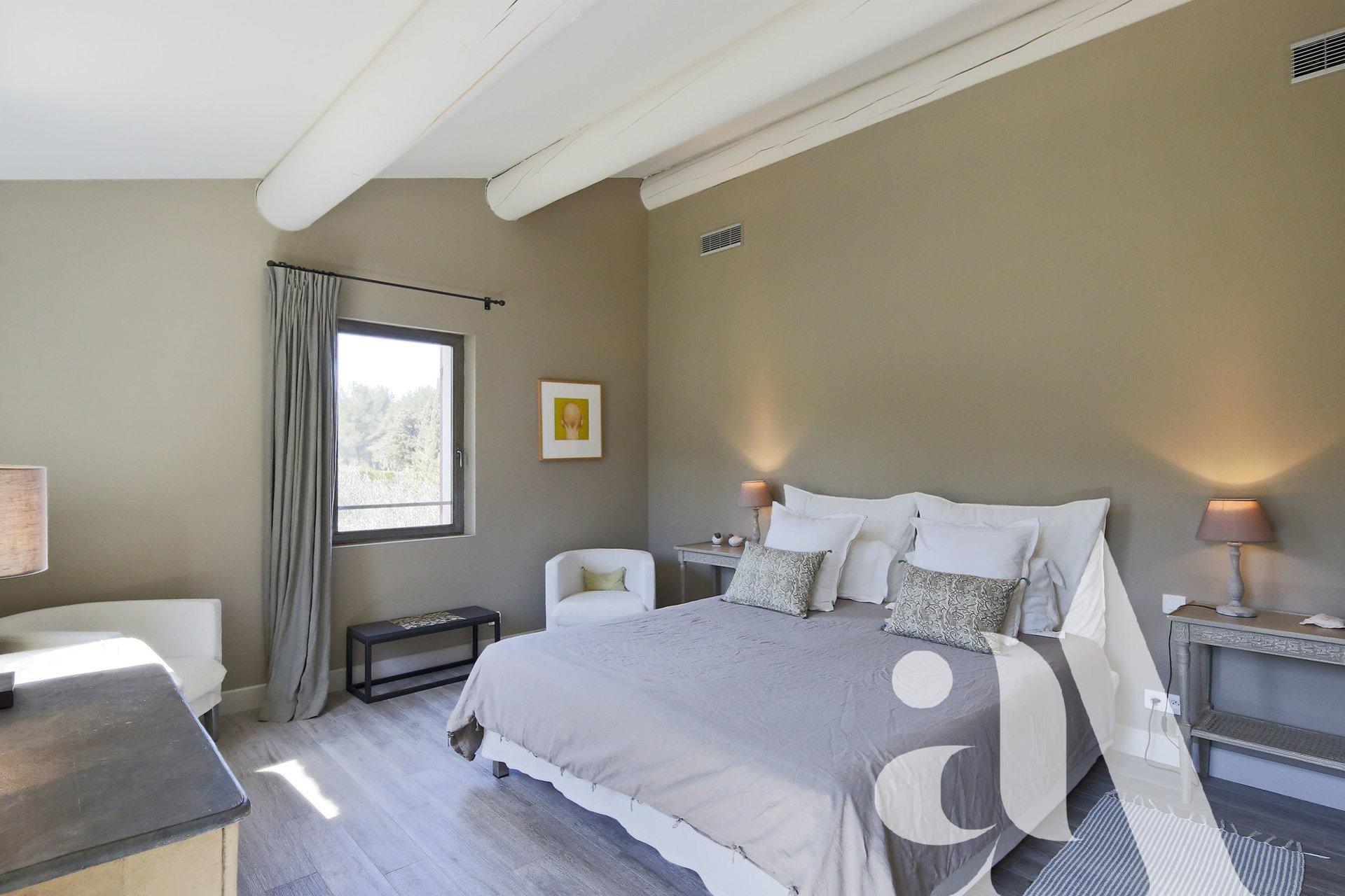 LE MAS DES LAVANDES - ST-REMY DE PROVENCE - 7 bedrooms - 12 peoples