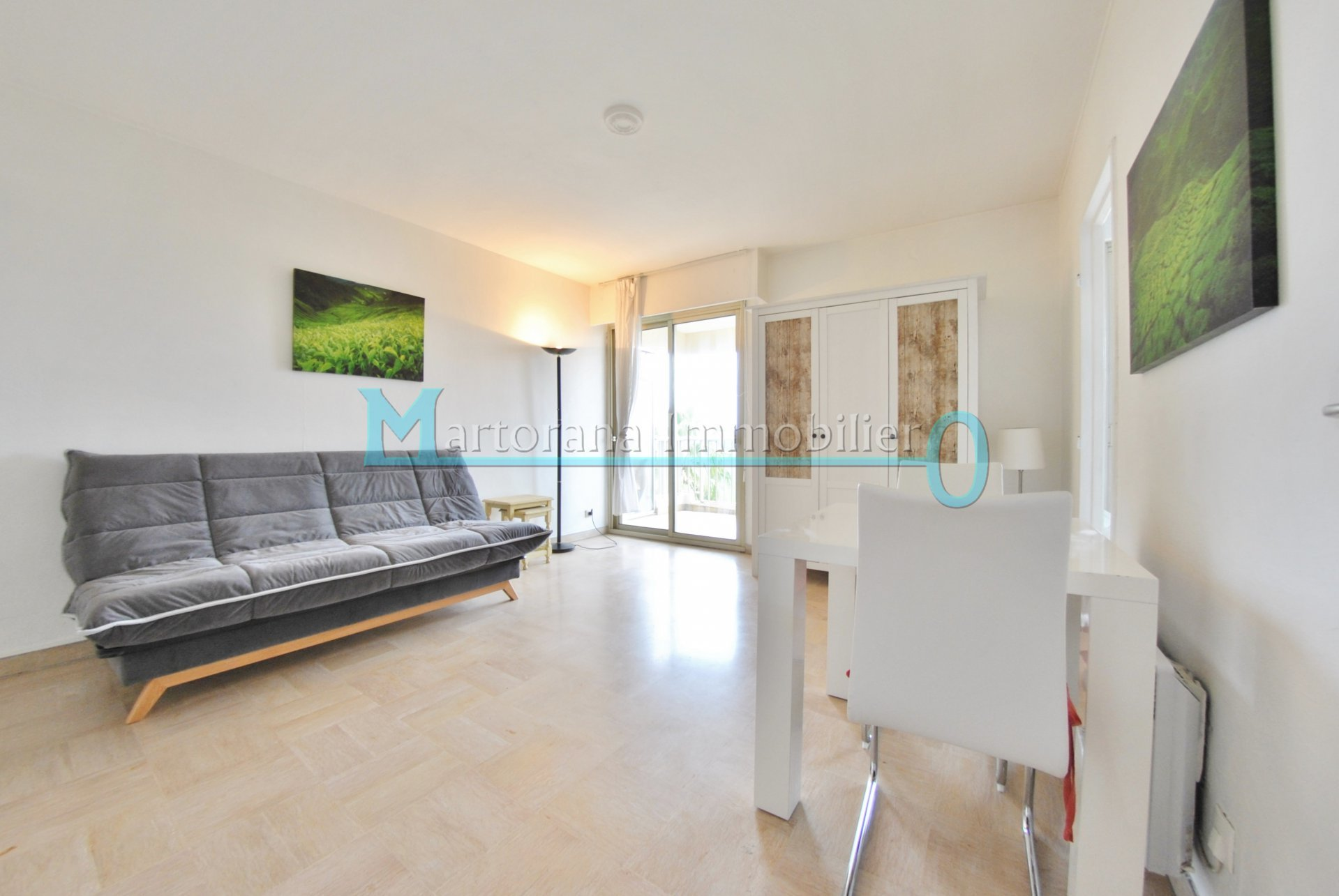 Furnished studio in top floor with terrace, cellar and private parking in a residency with swimming pool