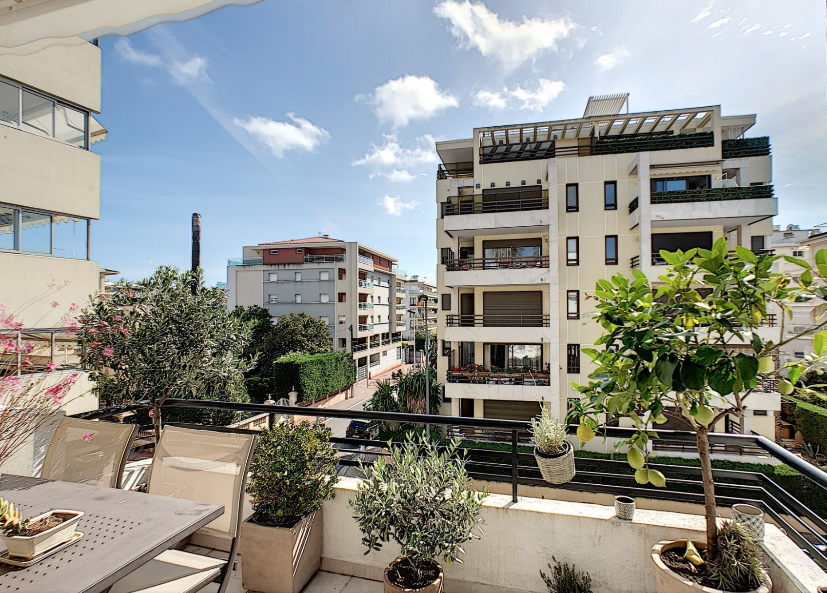 cannes Palm Beach 3P 91 m2  closed to Croisette