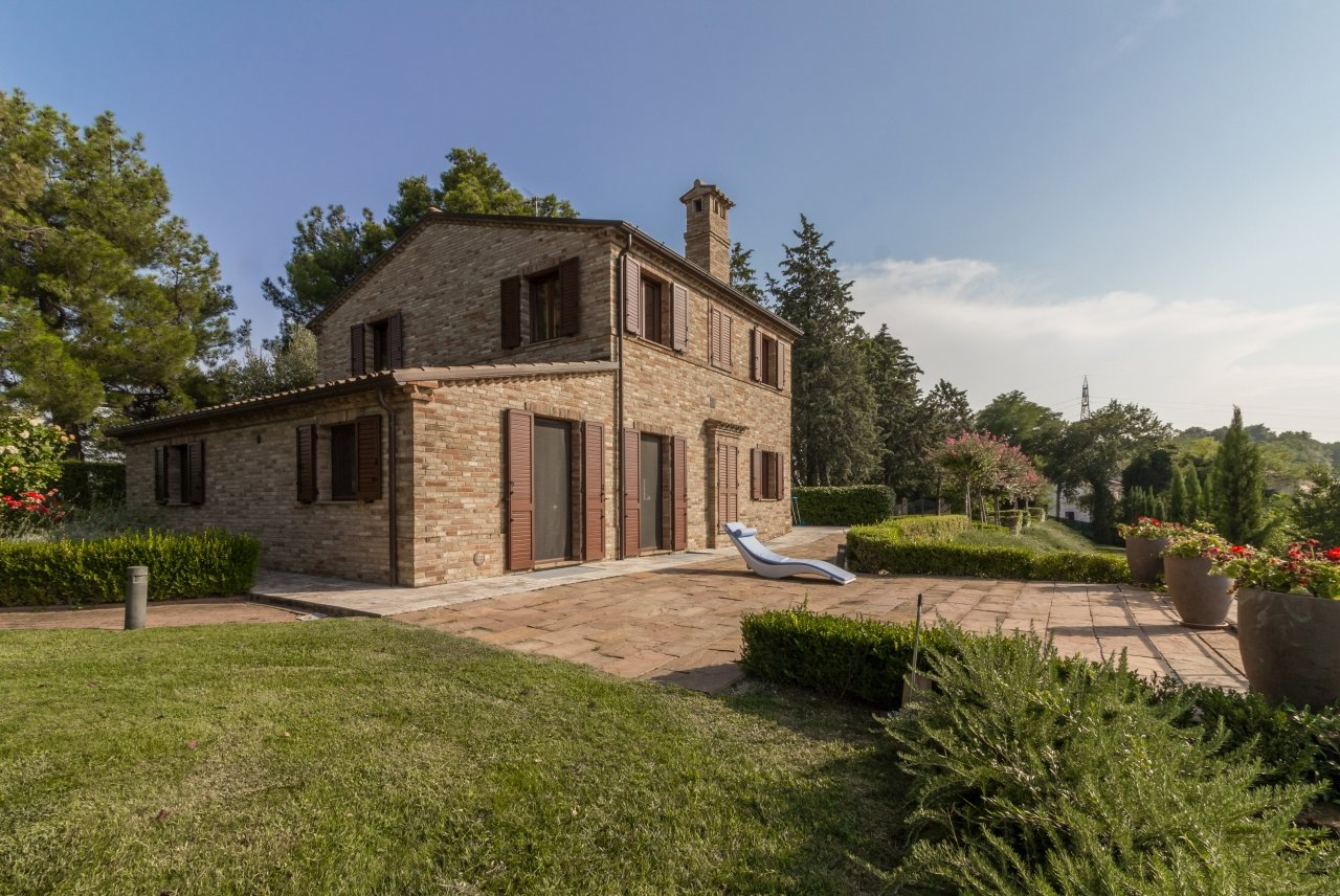 3 bedrooms villa with landscaped views
