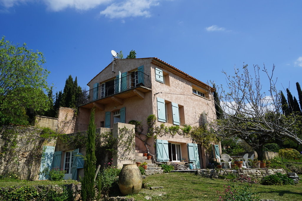 Beautiful property in Cotignac