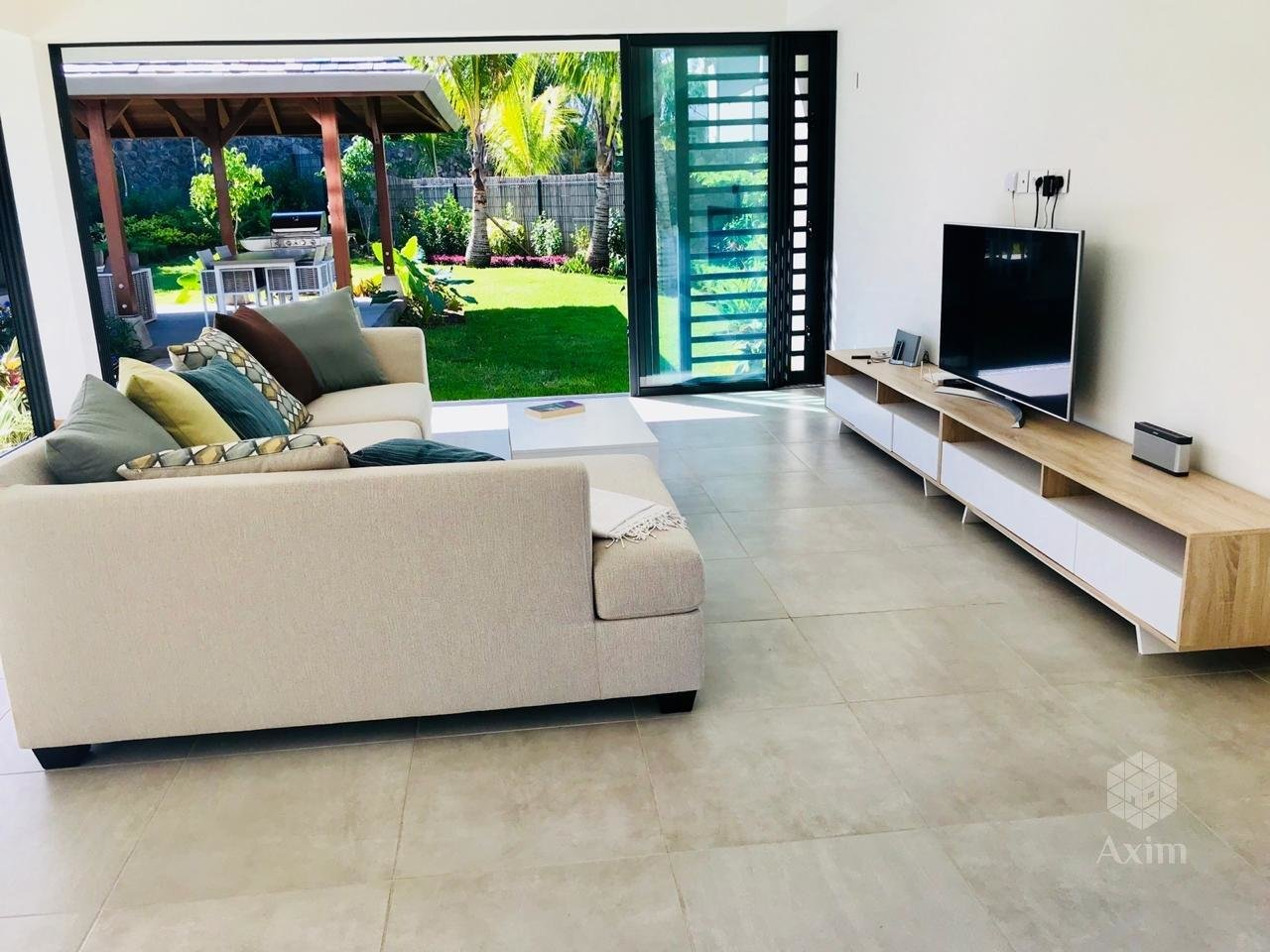 TAMARIN - Luxury villa in a secure residence