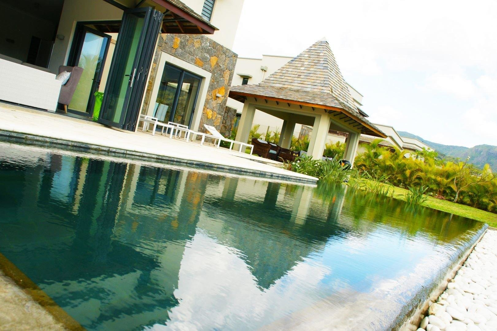 TAMARIN - Magnificent luxury villa in IRS