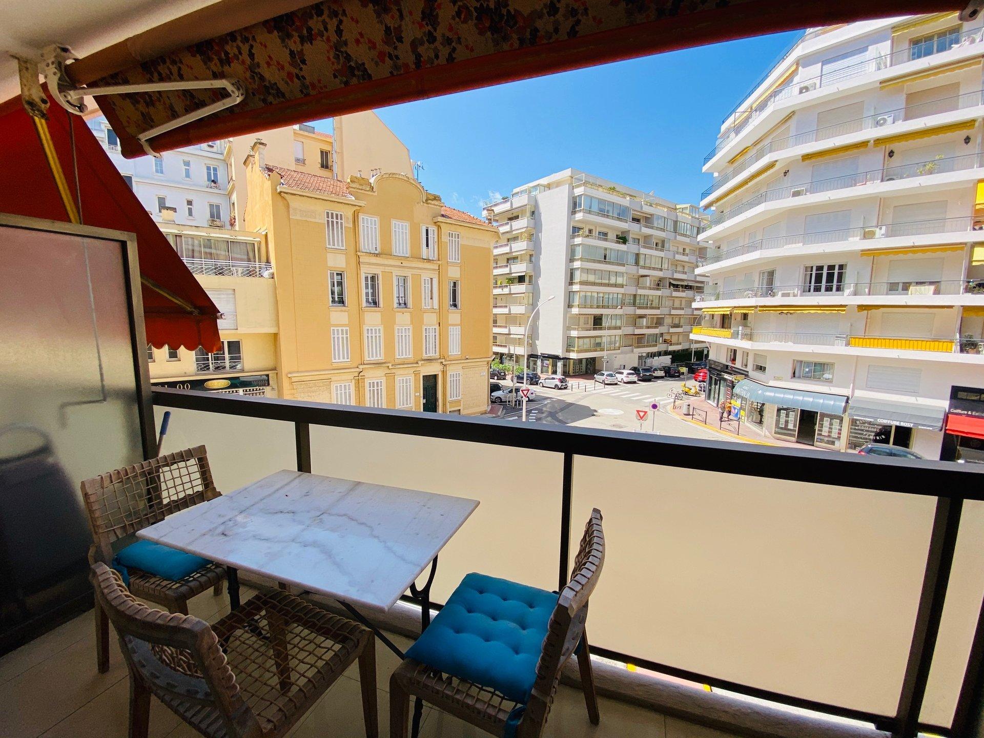 3 pièces de 67,50 m² Cannes - Banane -
