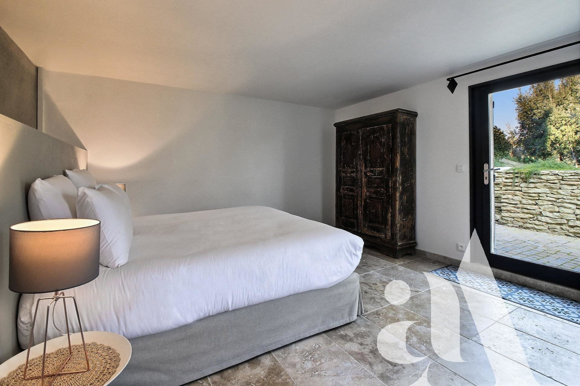MAS D'OIKOS - CABRIERES - LUBERON - 4 chambres- 8 personnes