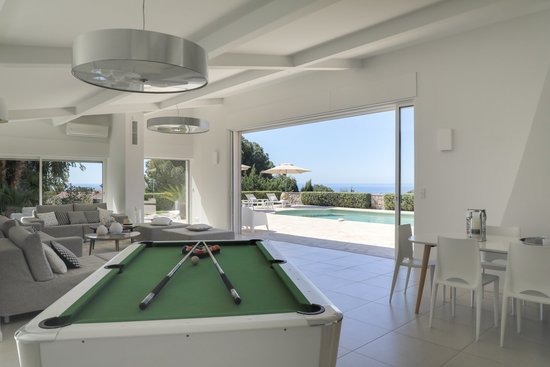 Cannes - Contemporary villa  - Panoramic sea view with pool - 6 bedrooms