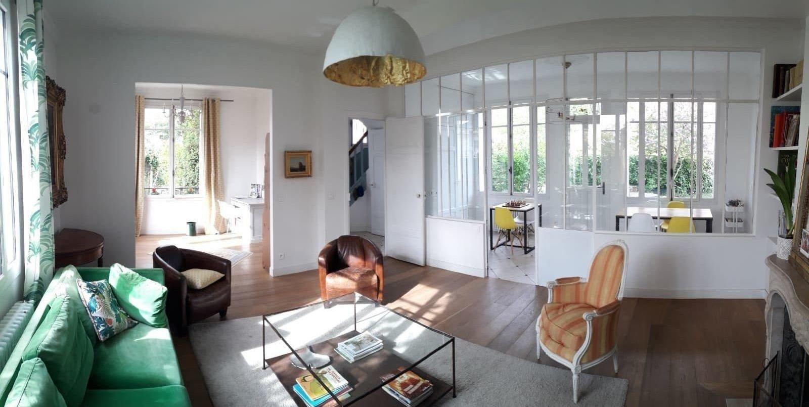 Maison ancienne familiale rénovée à 17 min à pied du RER.