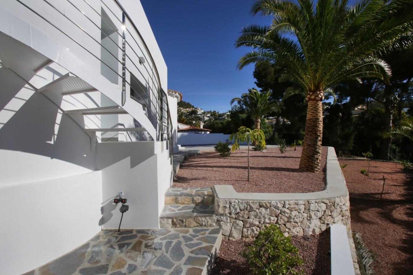 Villa rénovée sur un étage
