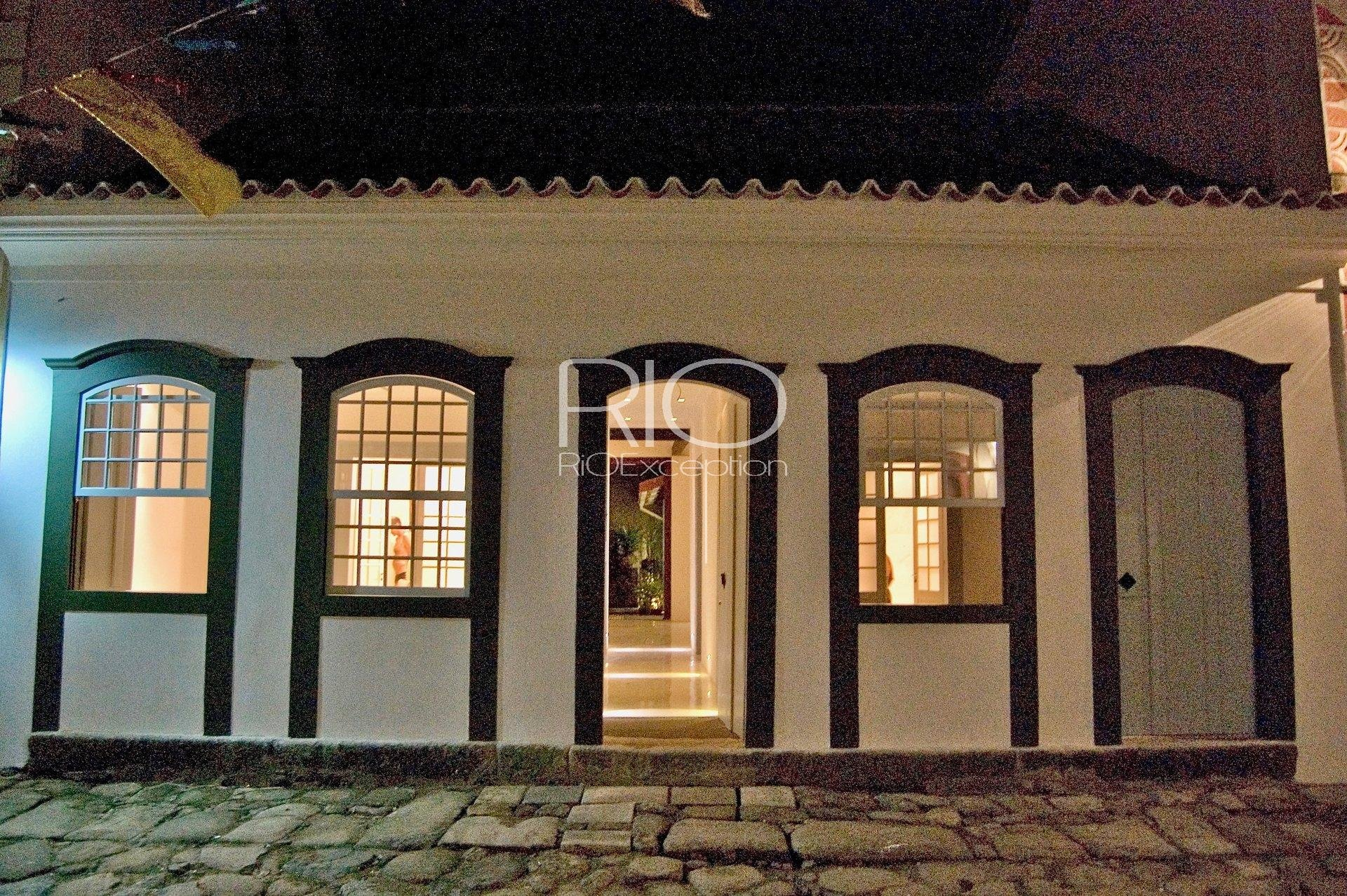 Beautiful colonial house in the Historic Center of Paraty !