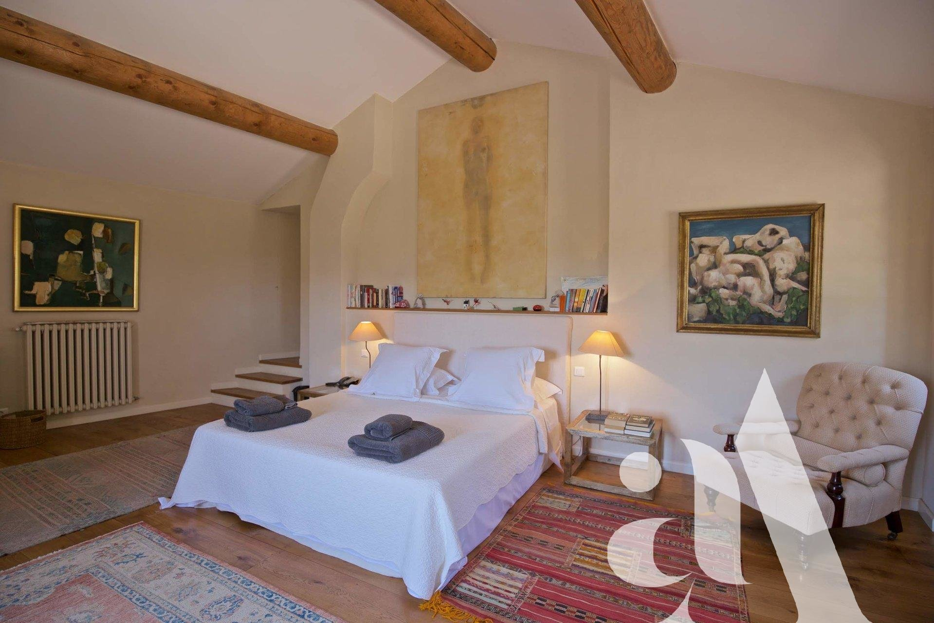 MAS DE LA COLLINE - BAUX DE PROVENCE- ALPILLES- 6 bedrooms- 10 people
