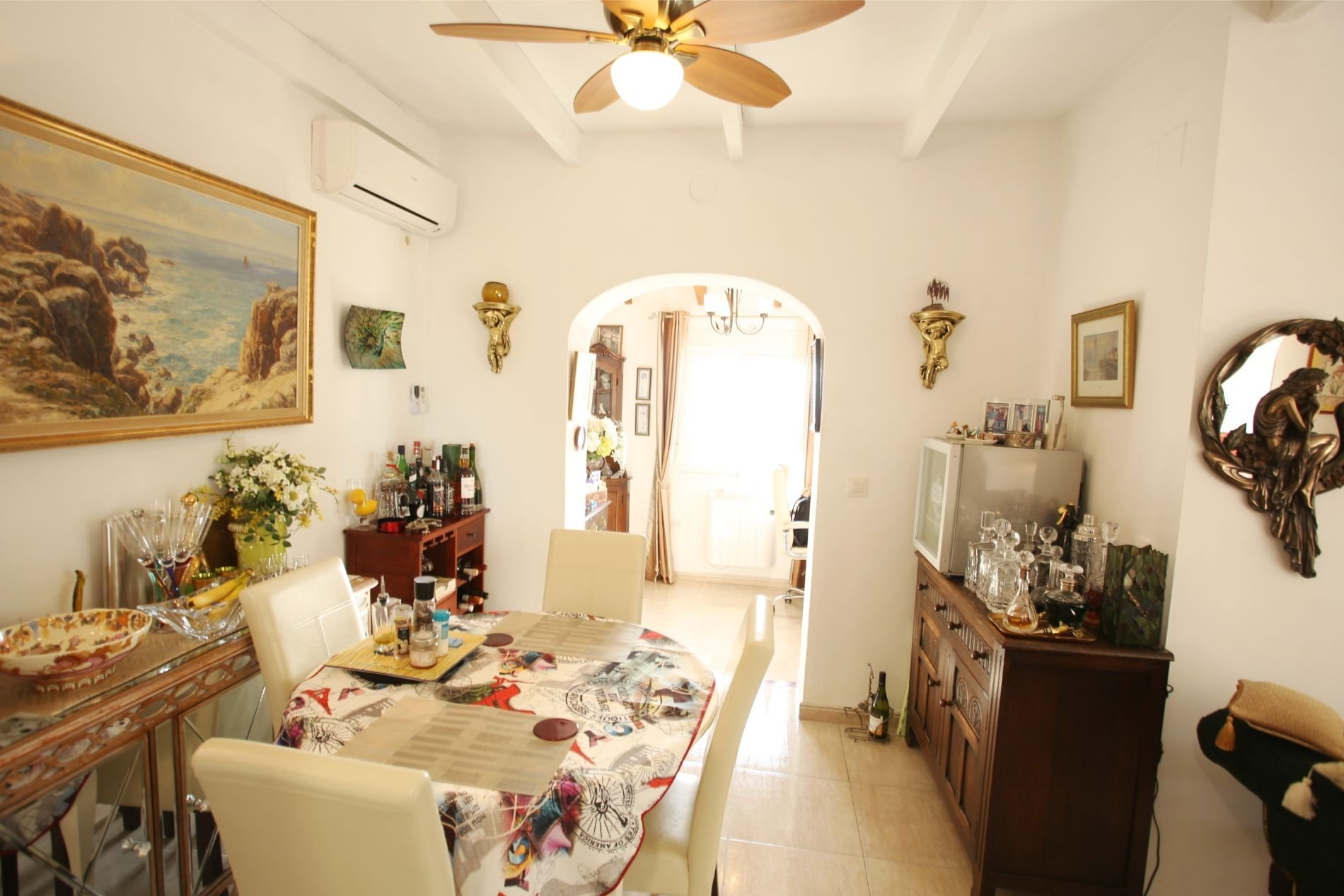 Traditional style villa with separate apartment