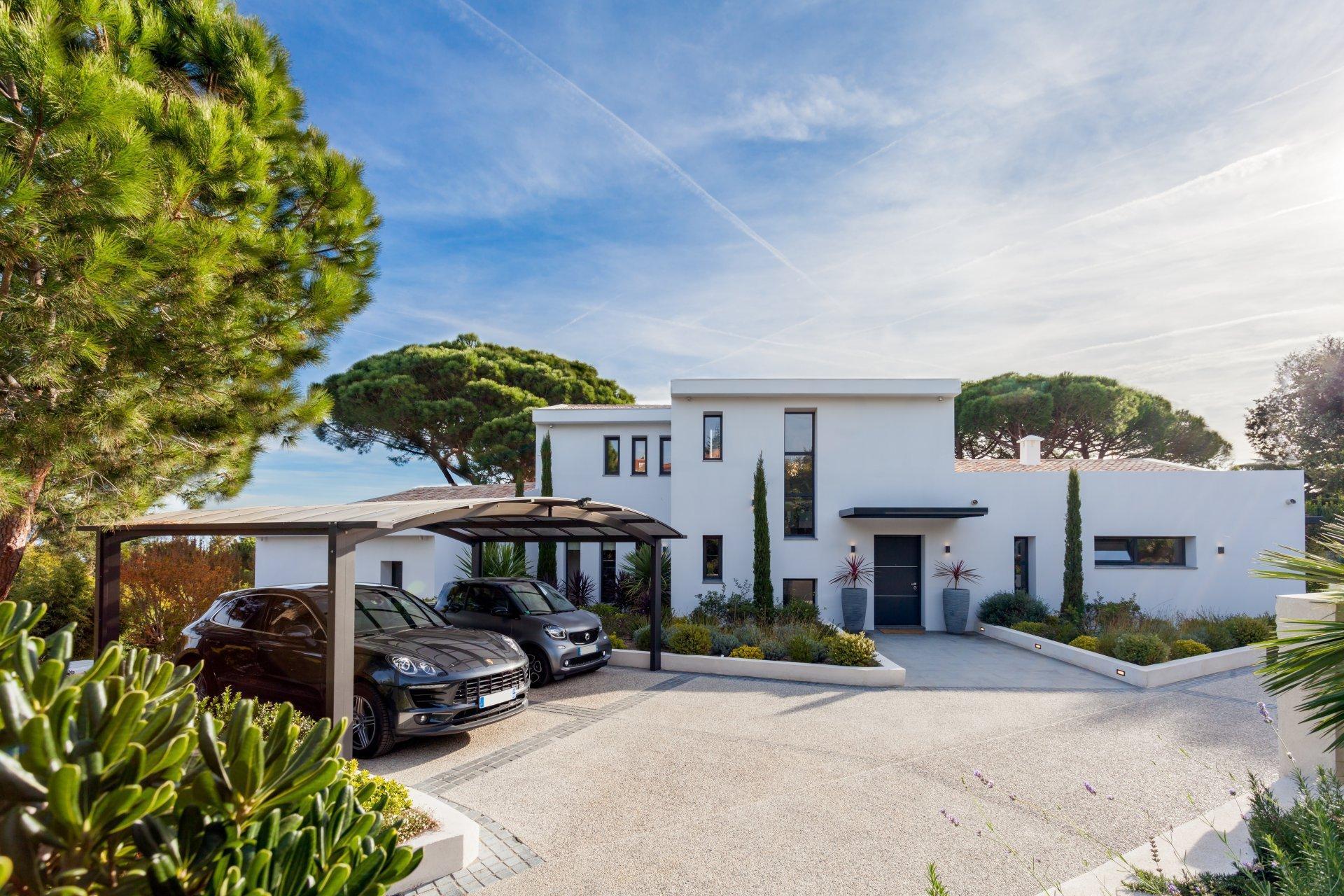 Super Cannes - Villa contemporaine neuve avec vue mer