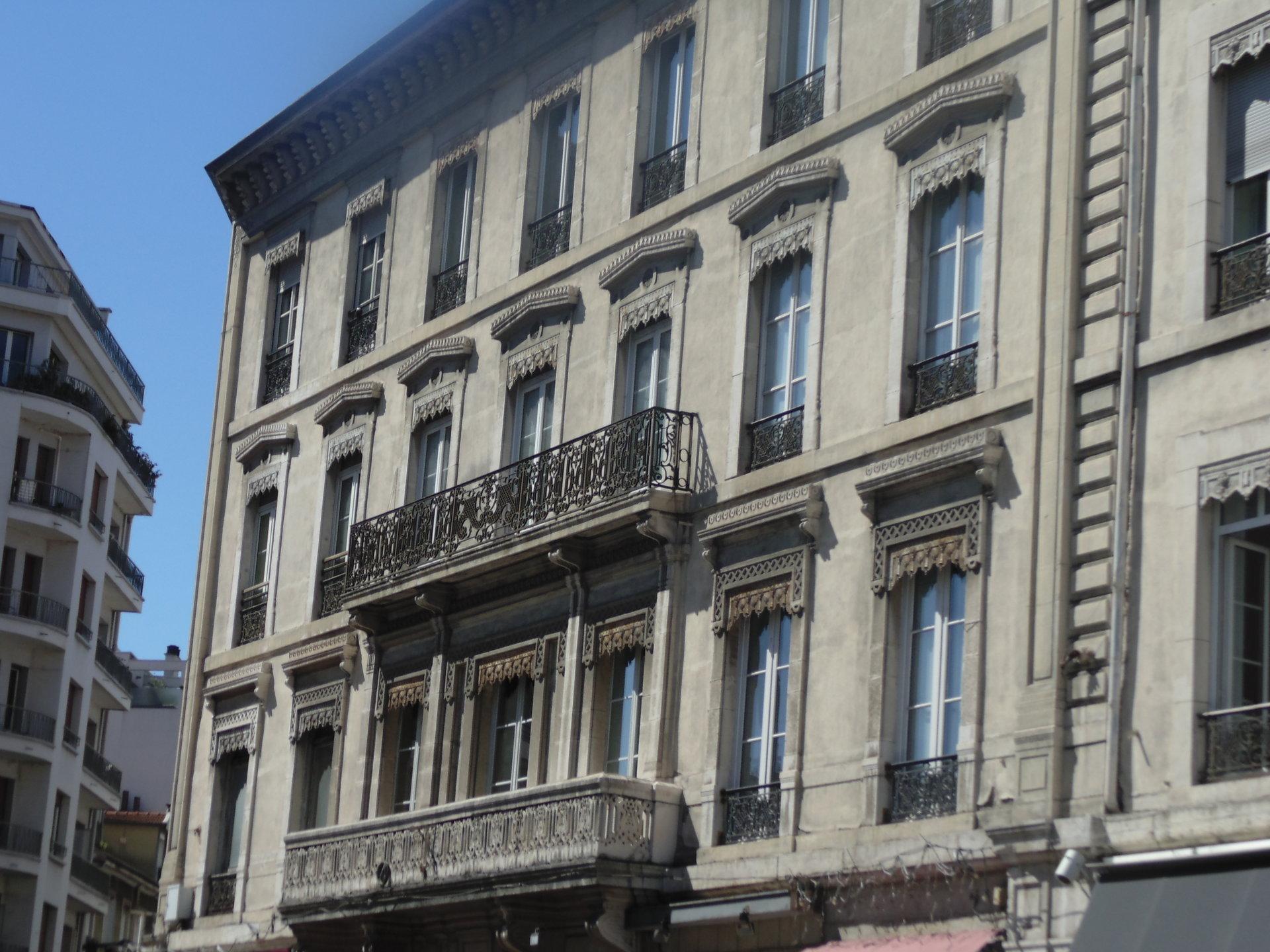 T2   Grenoble  place de l'étoile