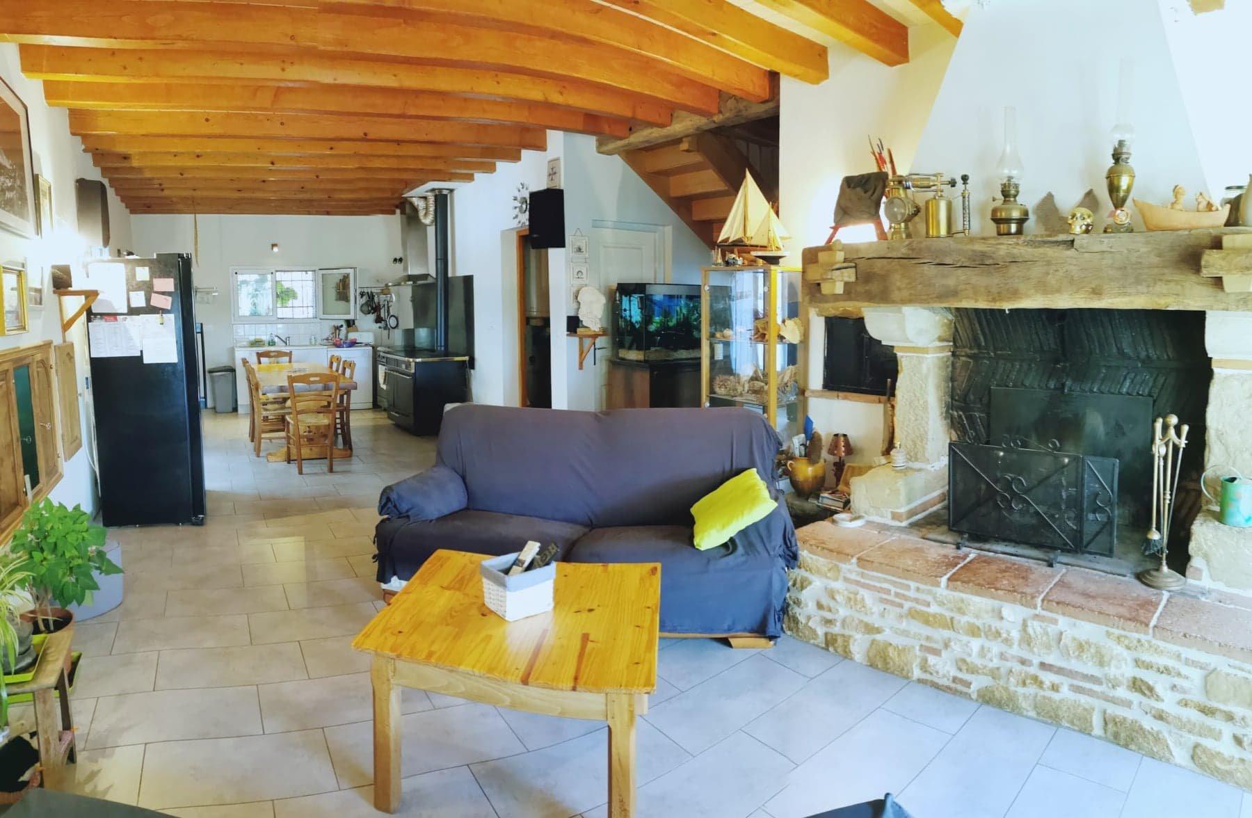 Maison de 150 m² 5 chambres sur 2 444 m² de terrain