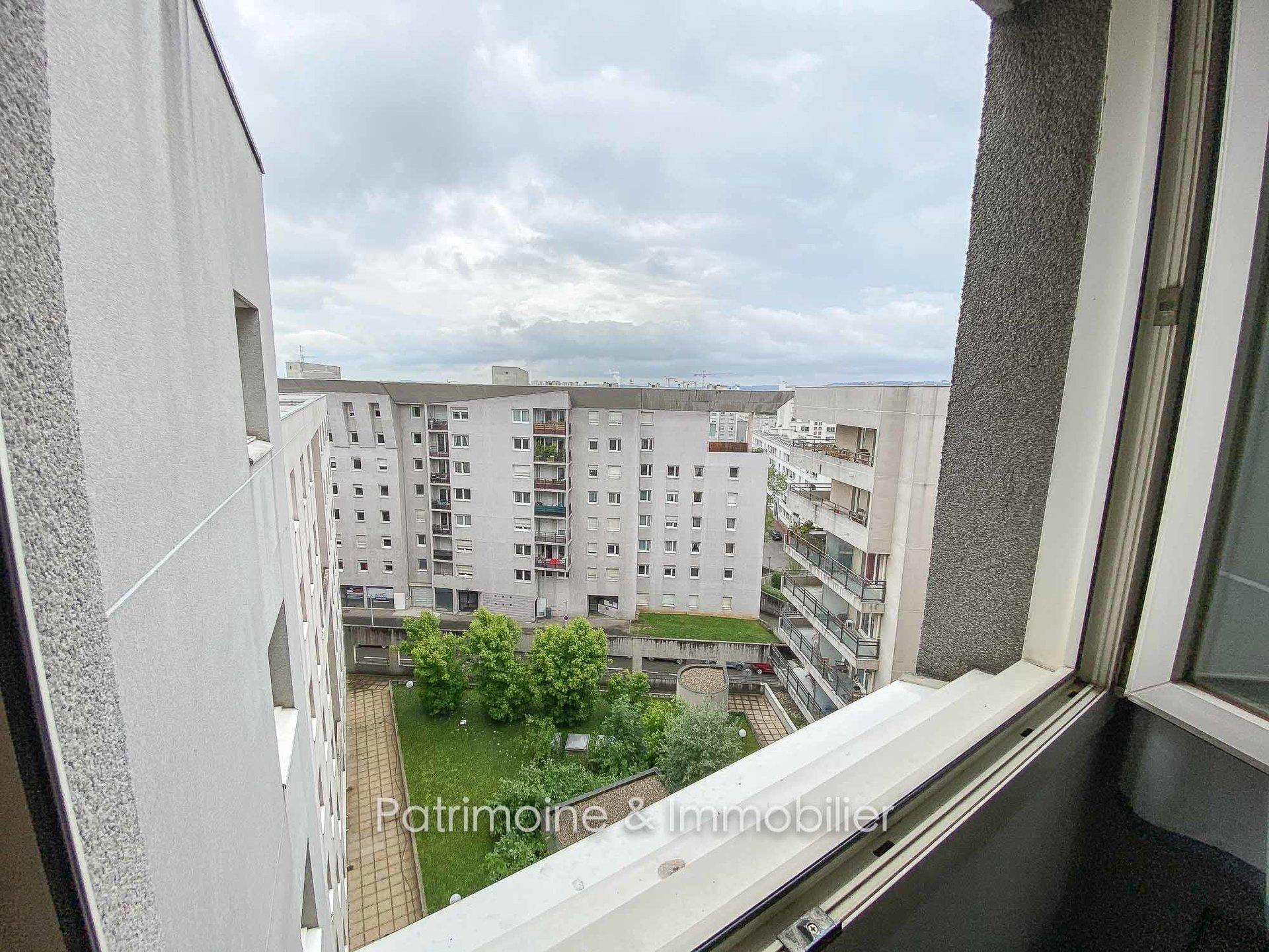 Sale Apartment - Lyon 8ème Le Bachut