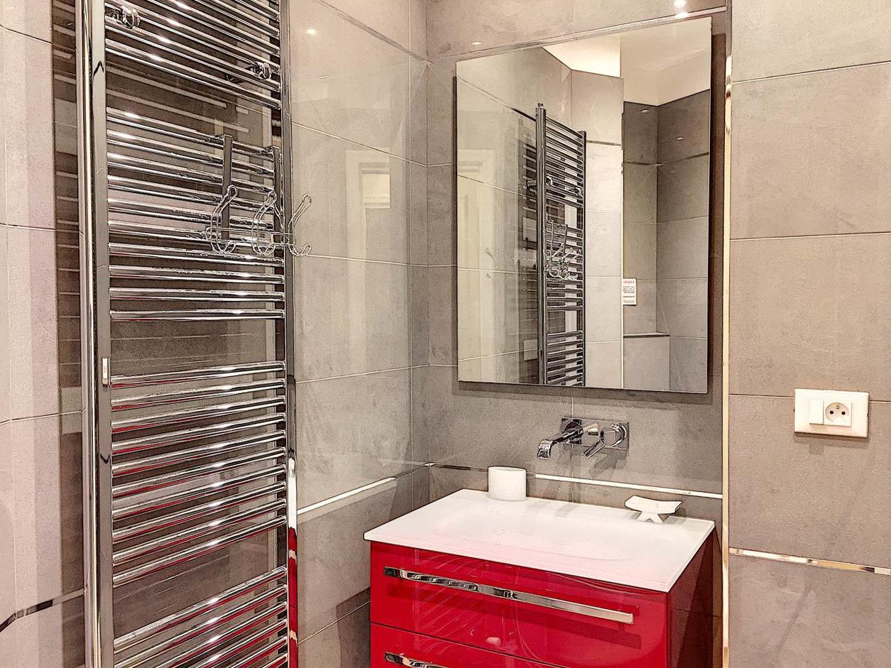 FÖRSÄLJNING Lägenhet 3 Rum Nice Victor Hugo Balkong Superb!