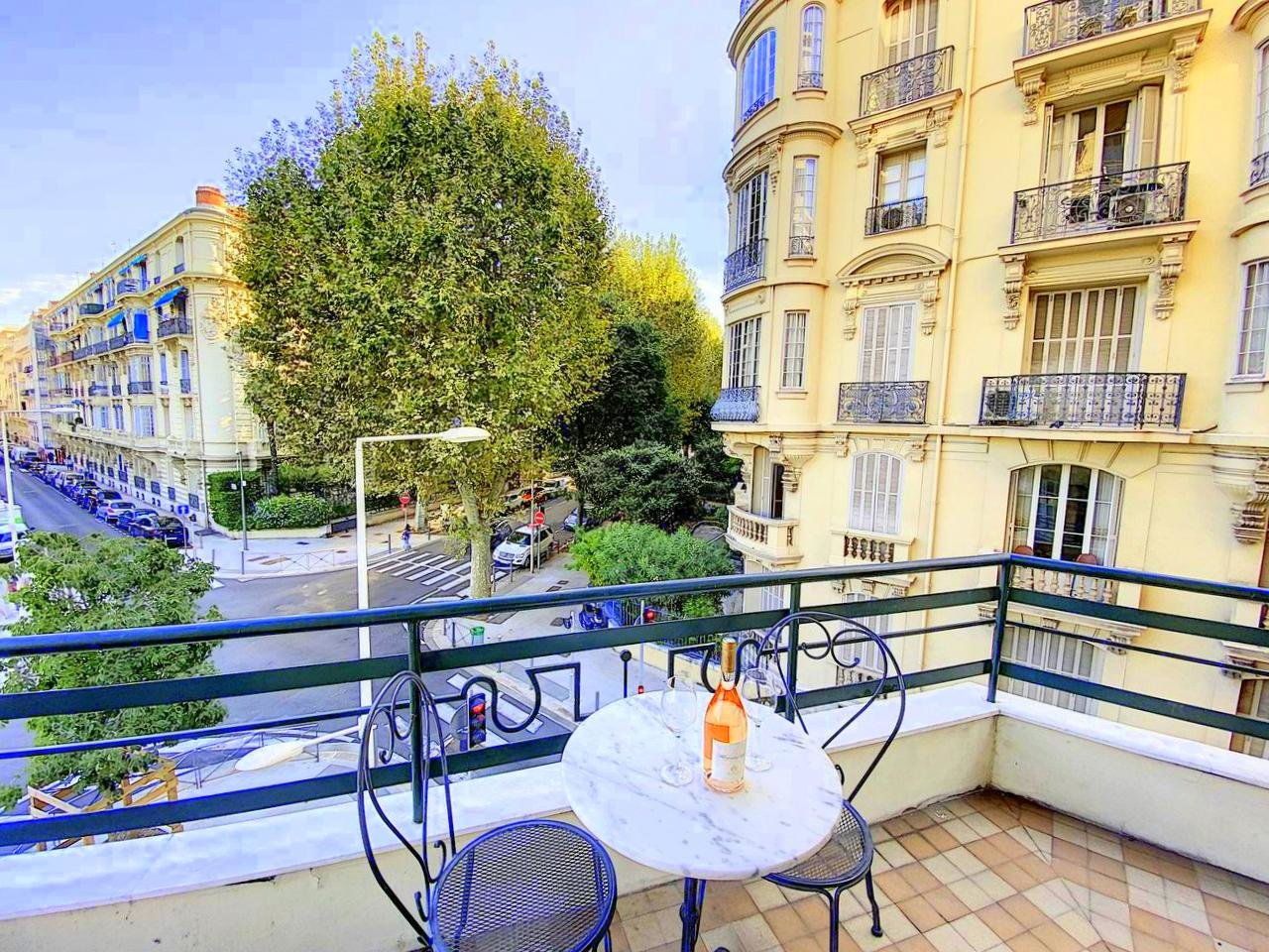 SALE Apartment 3 Room Nice Victor Hugo Balcony Superb!