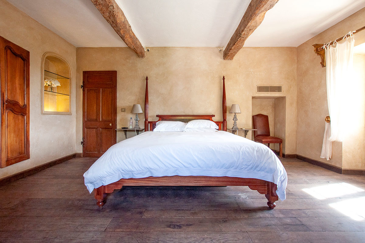 For Sale Grasse - Tradition Renovated Bastide in 14,000m2 of land