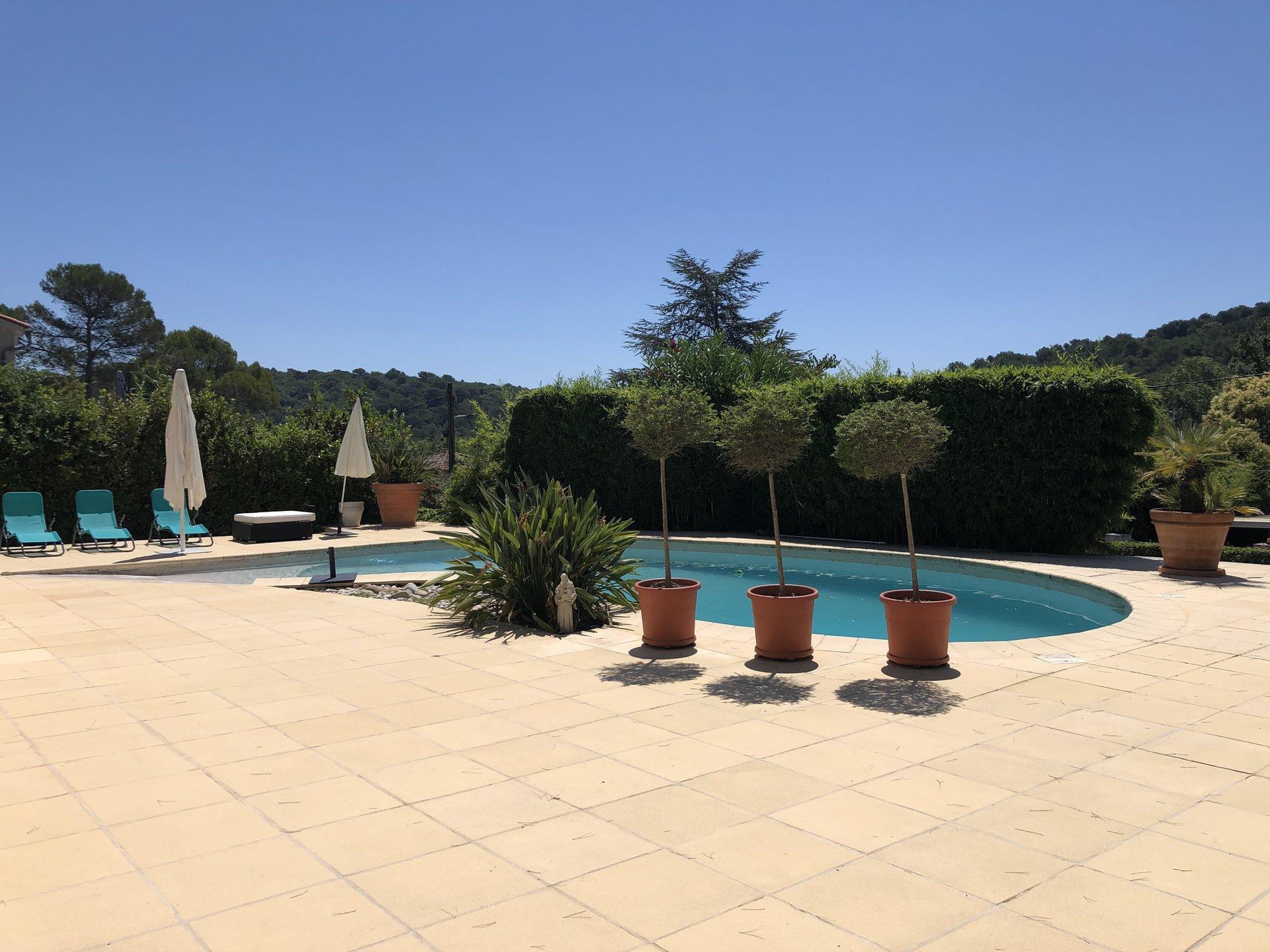 Hus med pool - Mougins La Peyrière