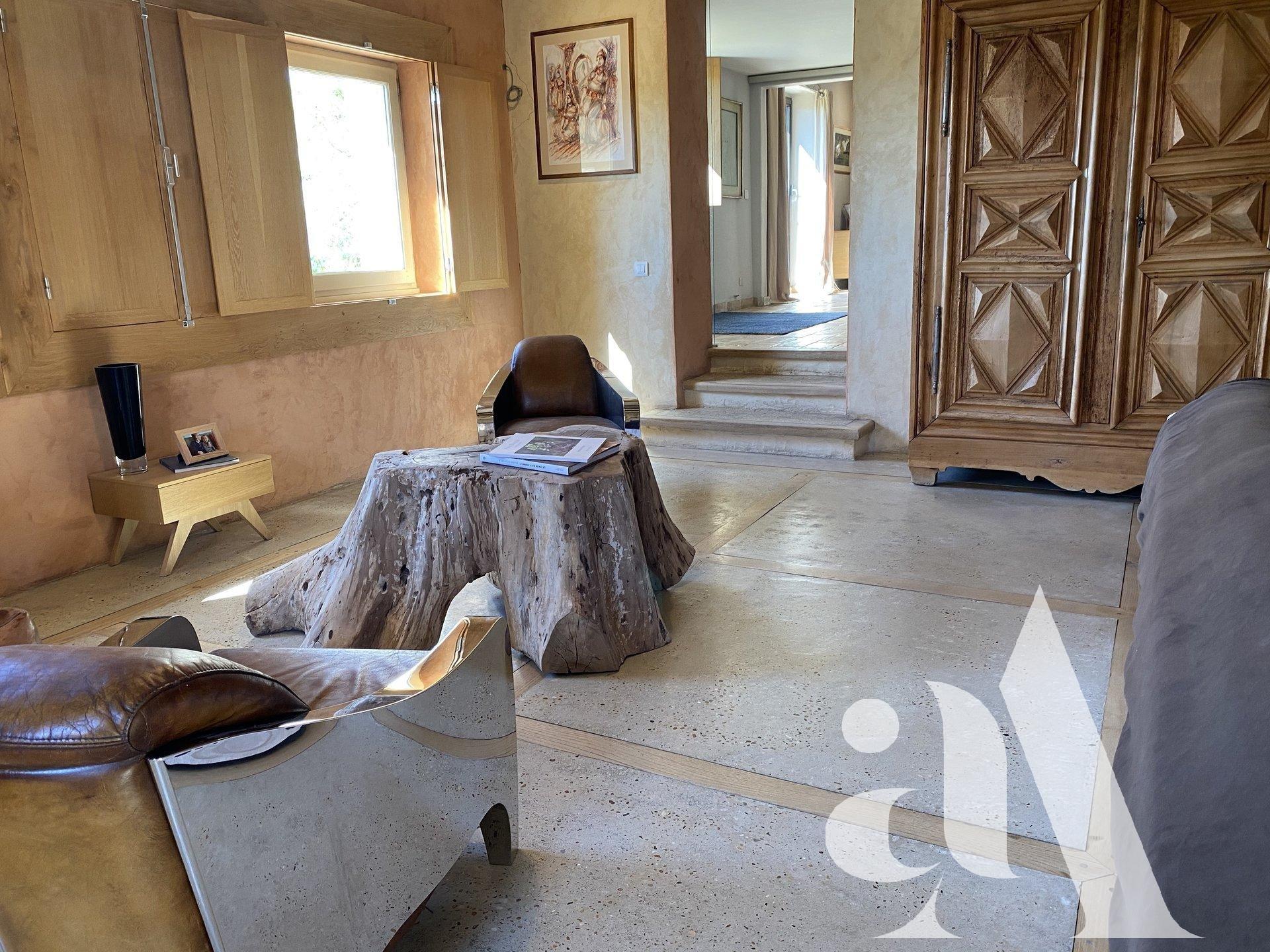 LE MAS DU BUIS - GORDES - LUBERON - 2 chambres -