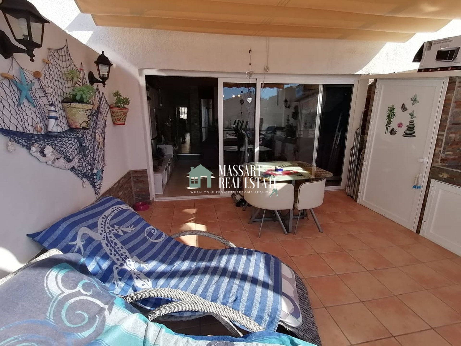 Modern 62 m2 apartment in the residential complex Villas Canarias, in San Eugenio Alto (Adeje).