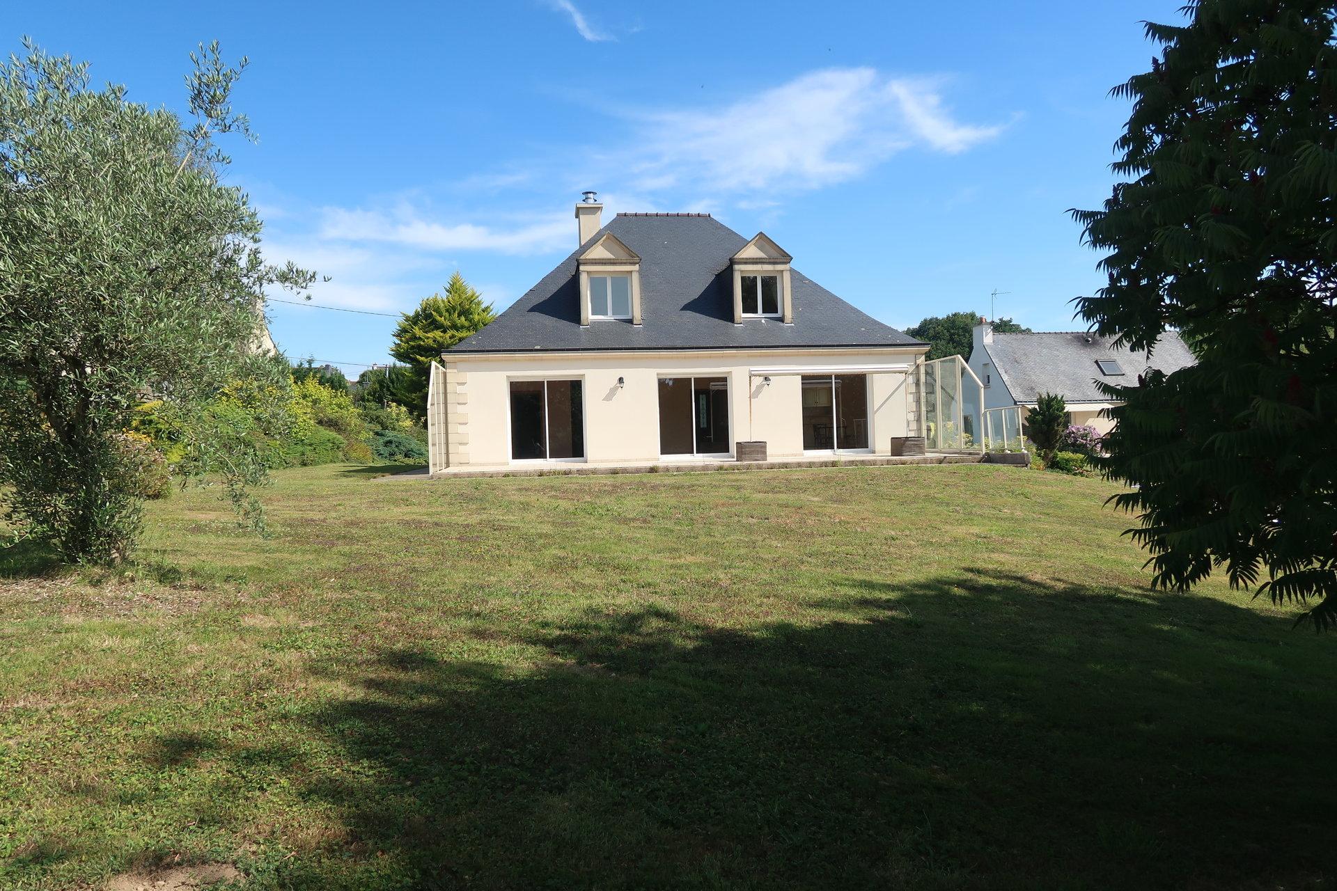 Sale House - Baud