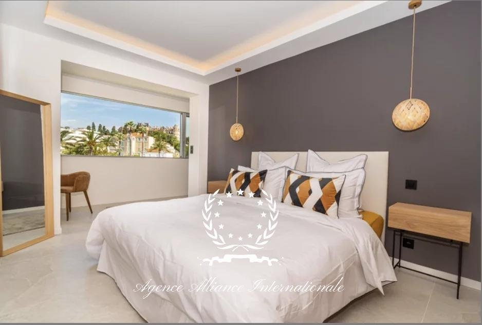 3 room apartment Square Mistral Cannes