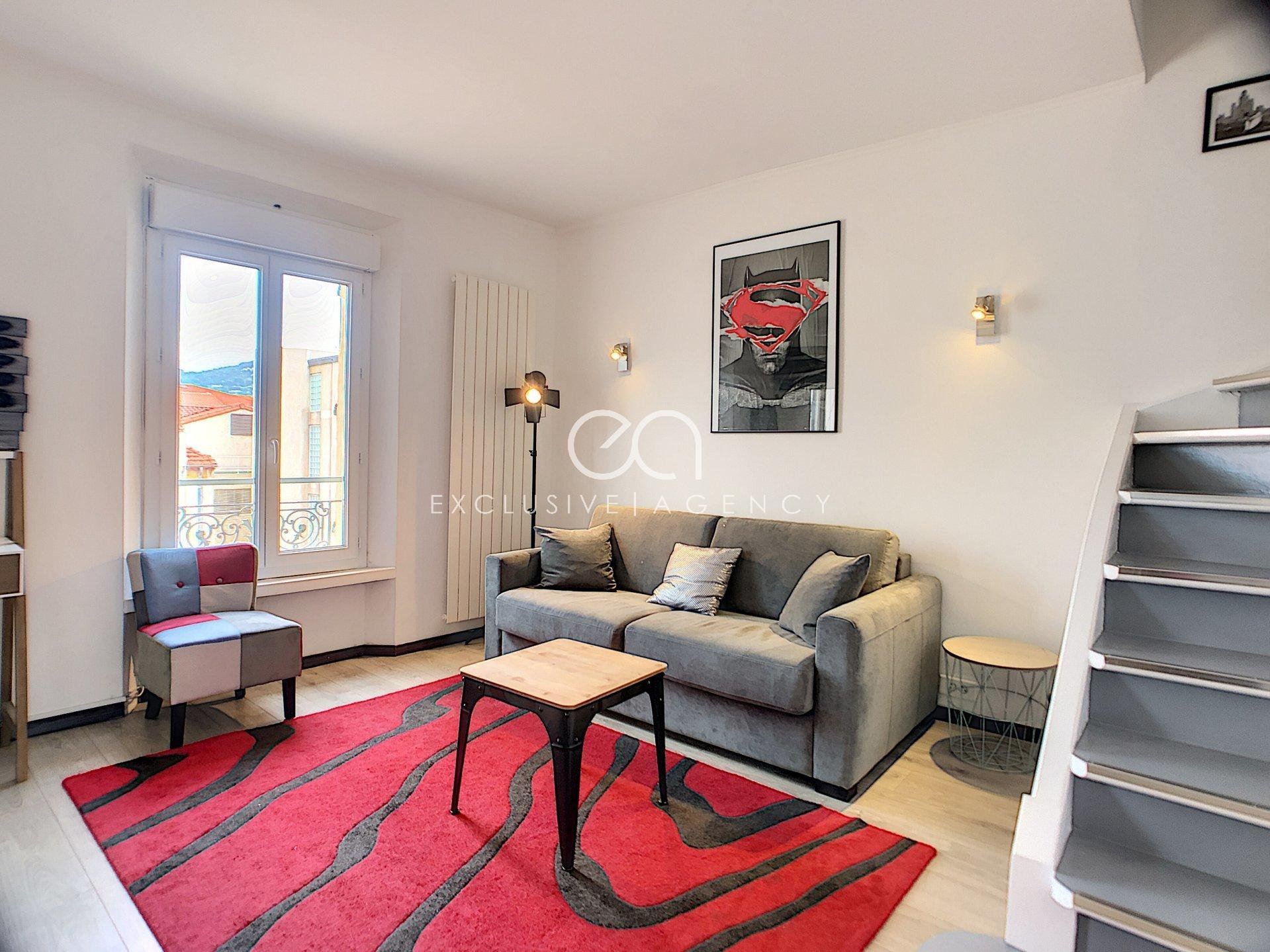 MONTHLY RENTAL IN CANNES CARRE D'OR 1-BEDROOM APARTMENT ON DUPLEX