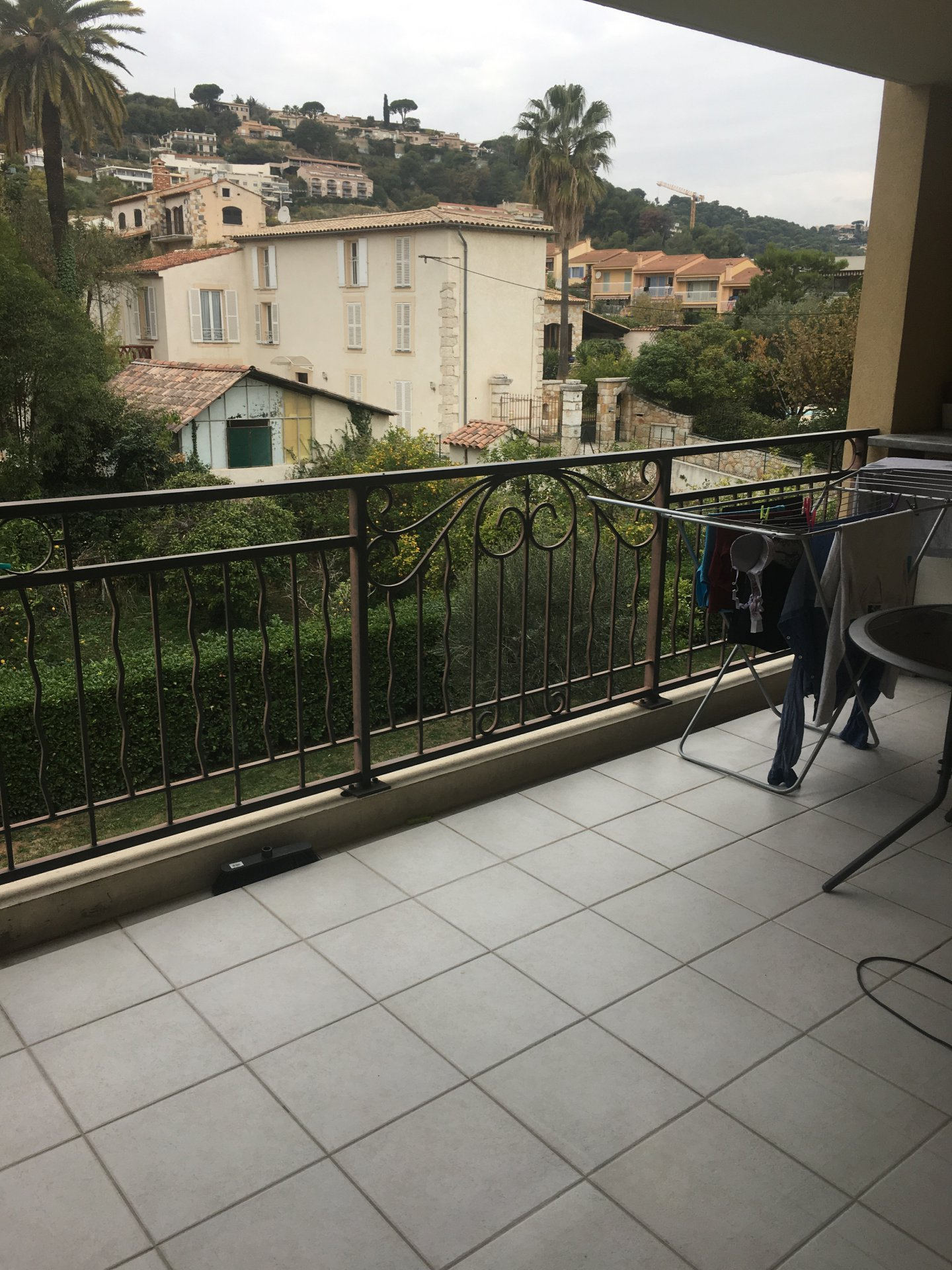 Rental Apartment - Saint-Laurent-du-Var Les Pugets