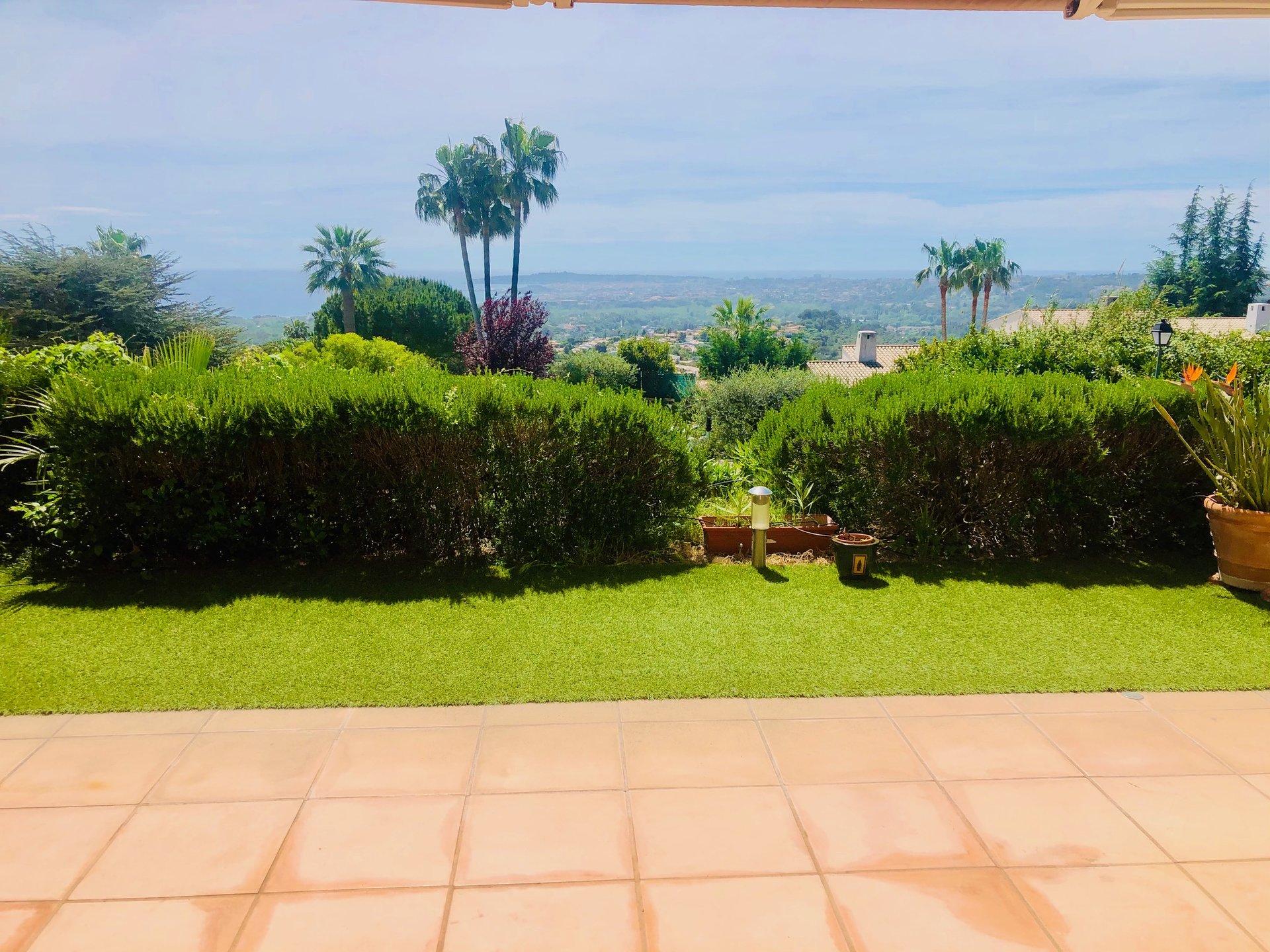 RARE ! Vue mer panoramique 4 pièces rez-de-jardin 102m2