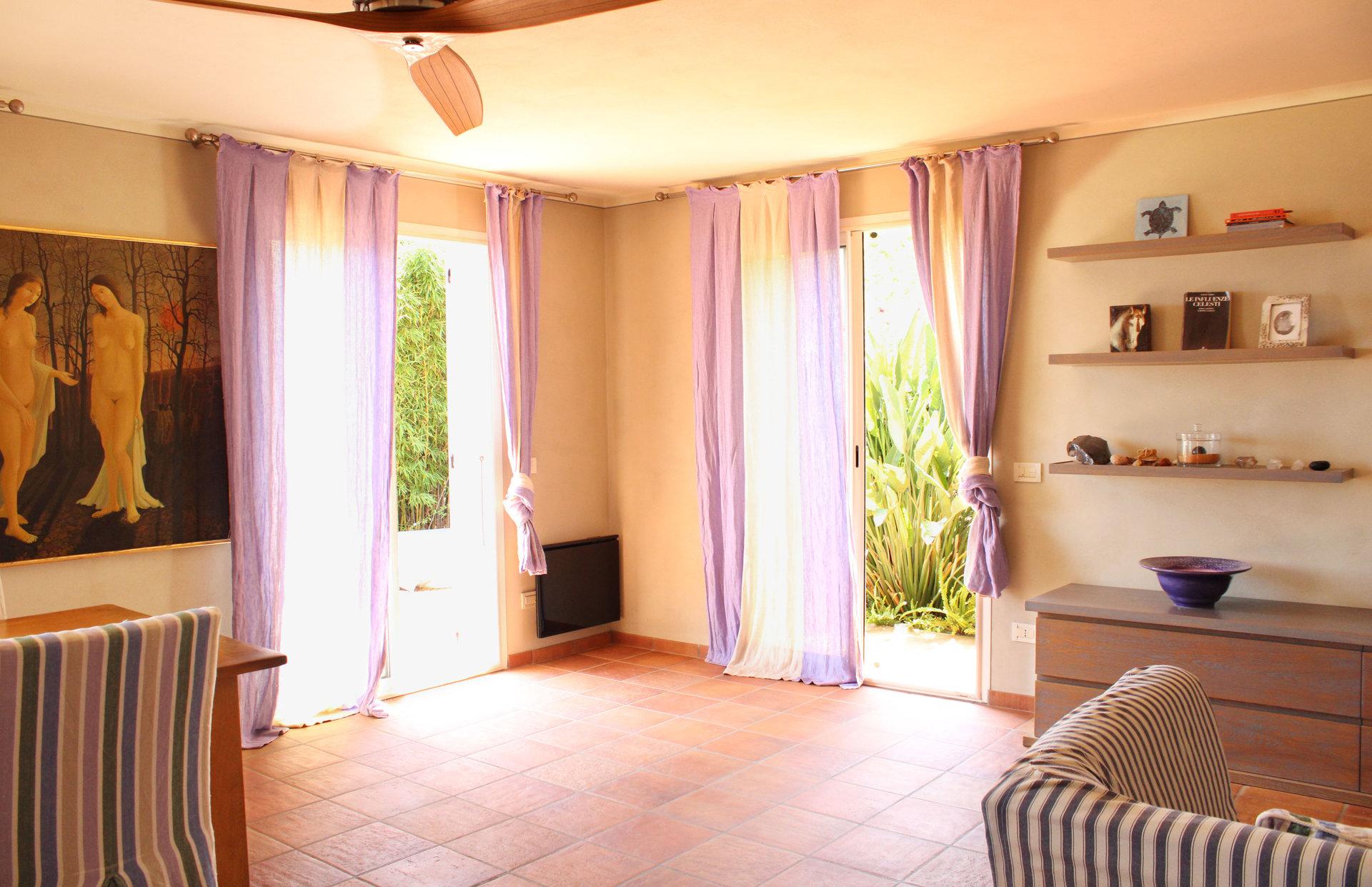 Stilvolle 4-Zimmer-Villa nahe am Strand und am Yachthafen.