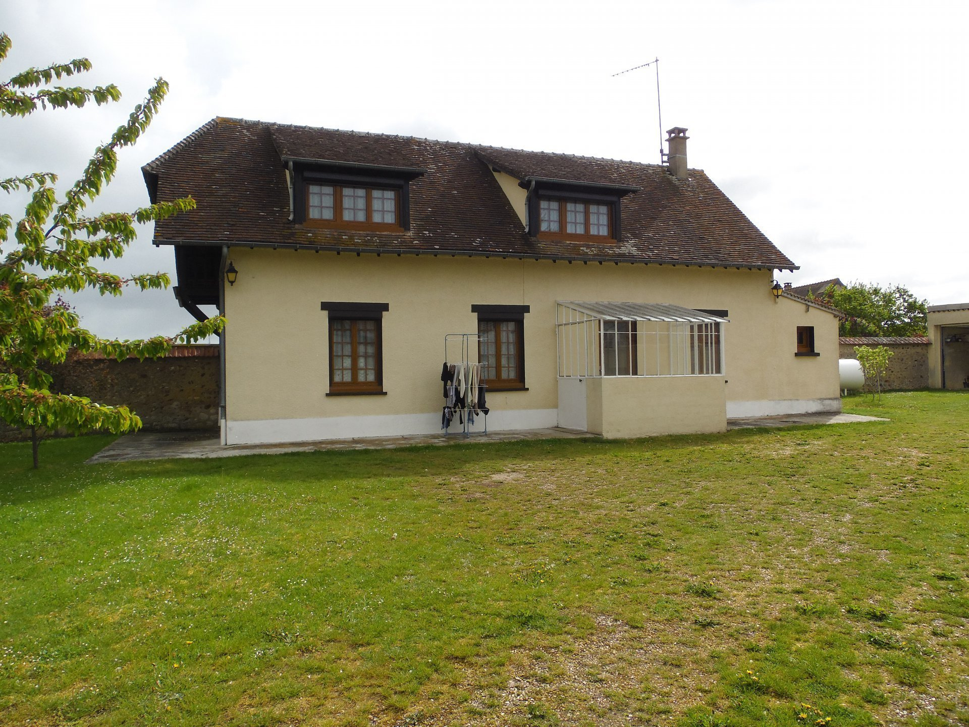 Sale House - Damville