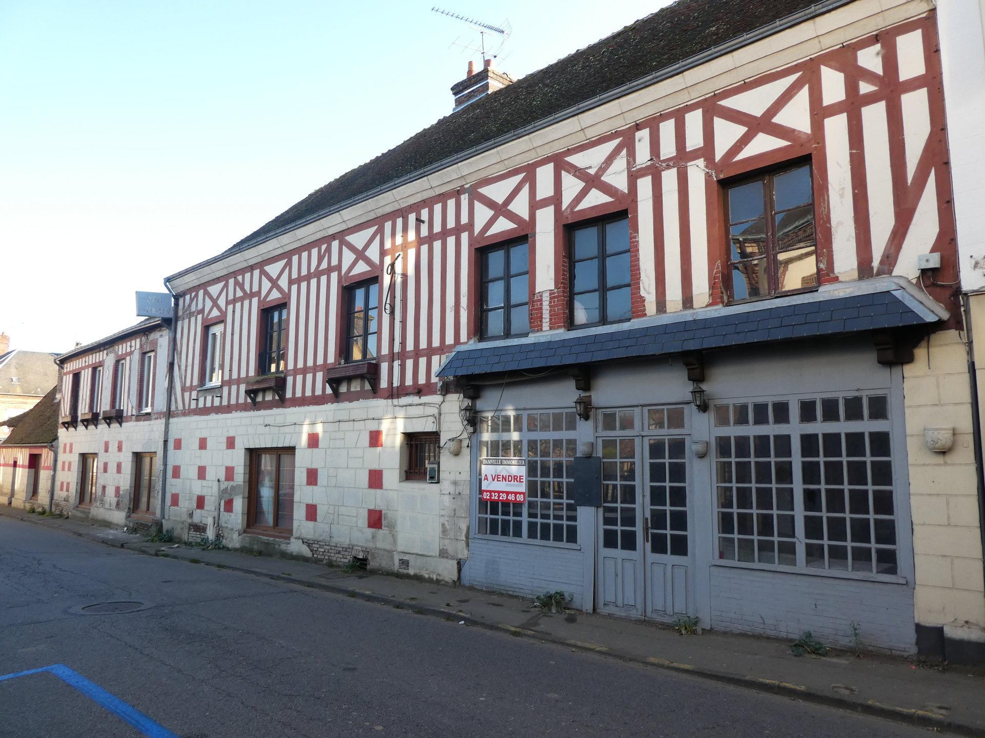 DAMVILLE centre