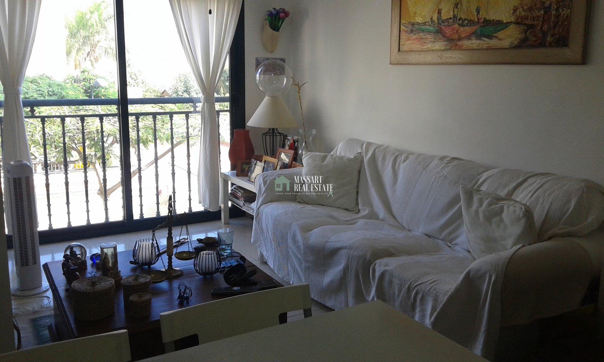 Appartement meublé de 53 m2 situé à Guargacho, dans un complexe résidentiel nouvellement construit avec piscine commune.