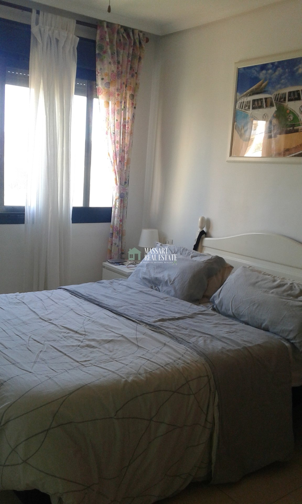 Apartamento amueblado de 53 m2 ubicado en Guargacho, en un complejo residencial de nueva construcción con piscina comunitaria.