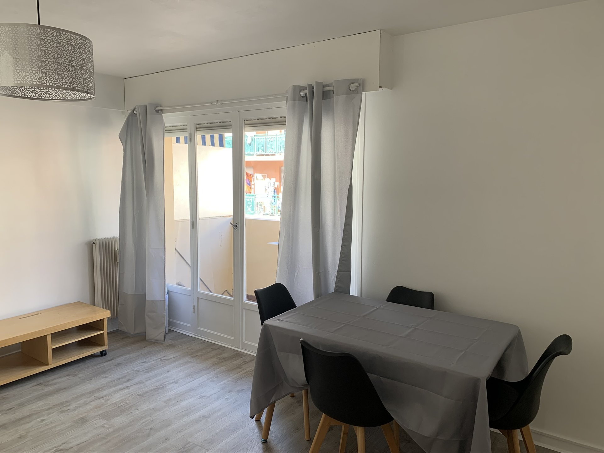 Rental Apartment - Nice Saint Jean d'Angély
