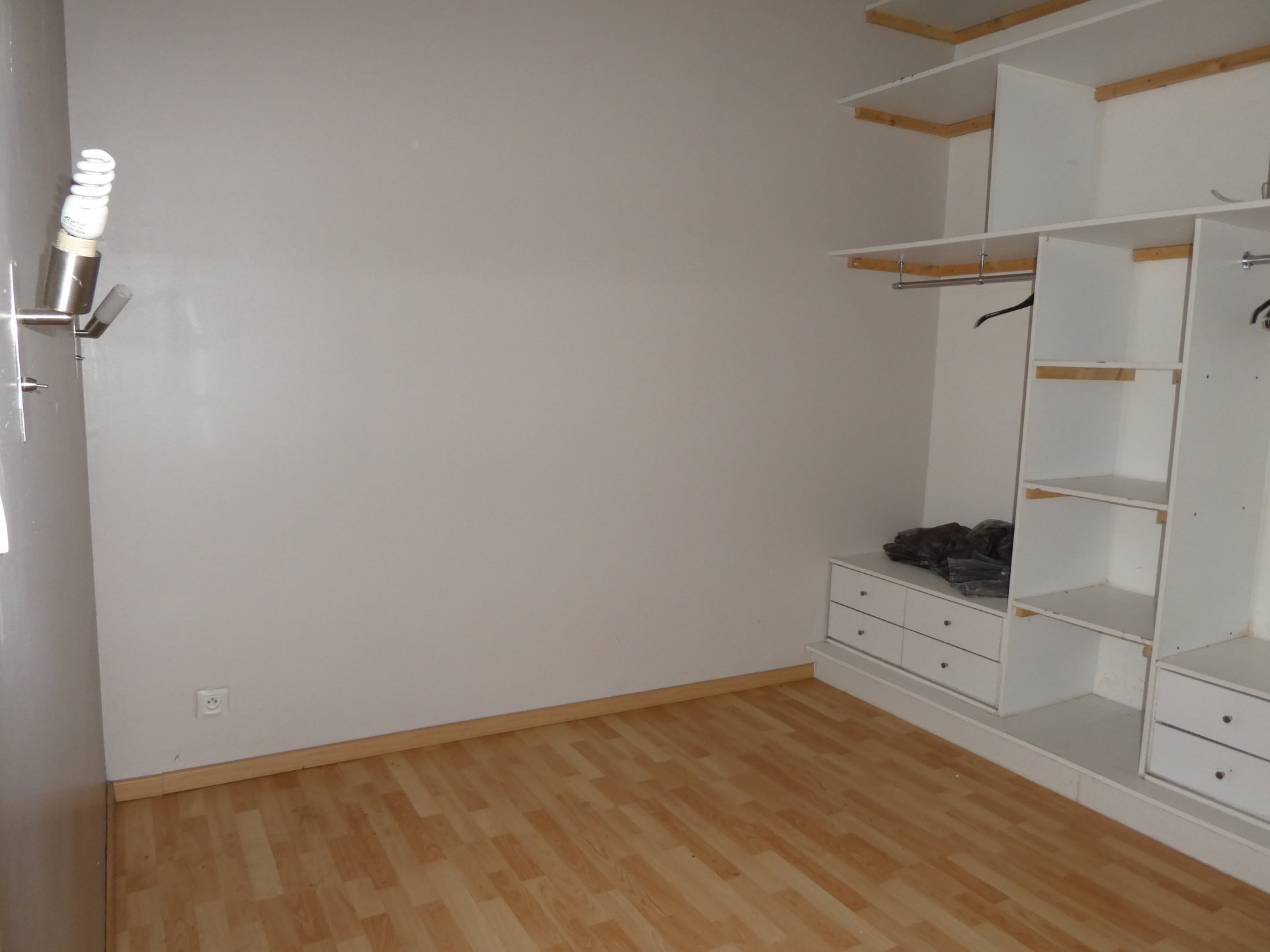 Sale Apartment - Mesnils-sur-Iton