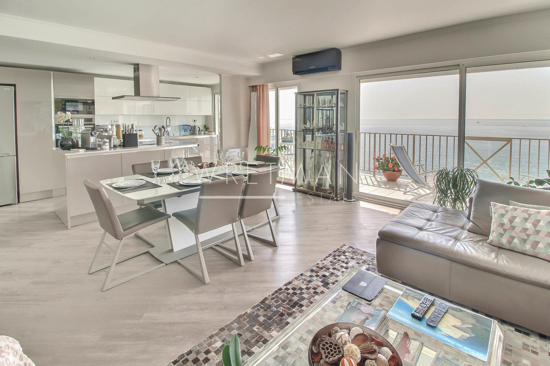 3-bedroom apartment with terraces and garage - Menton Sea Front
