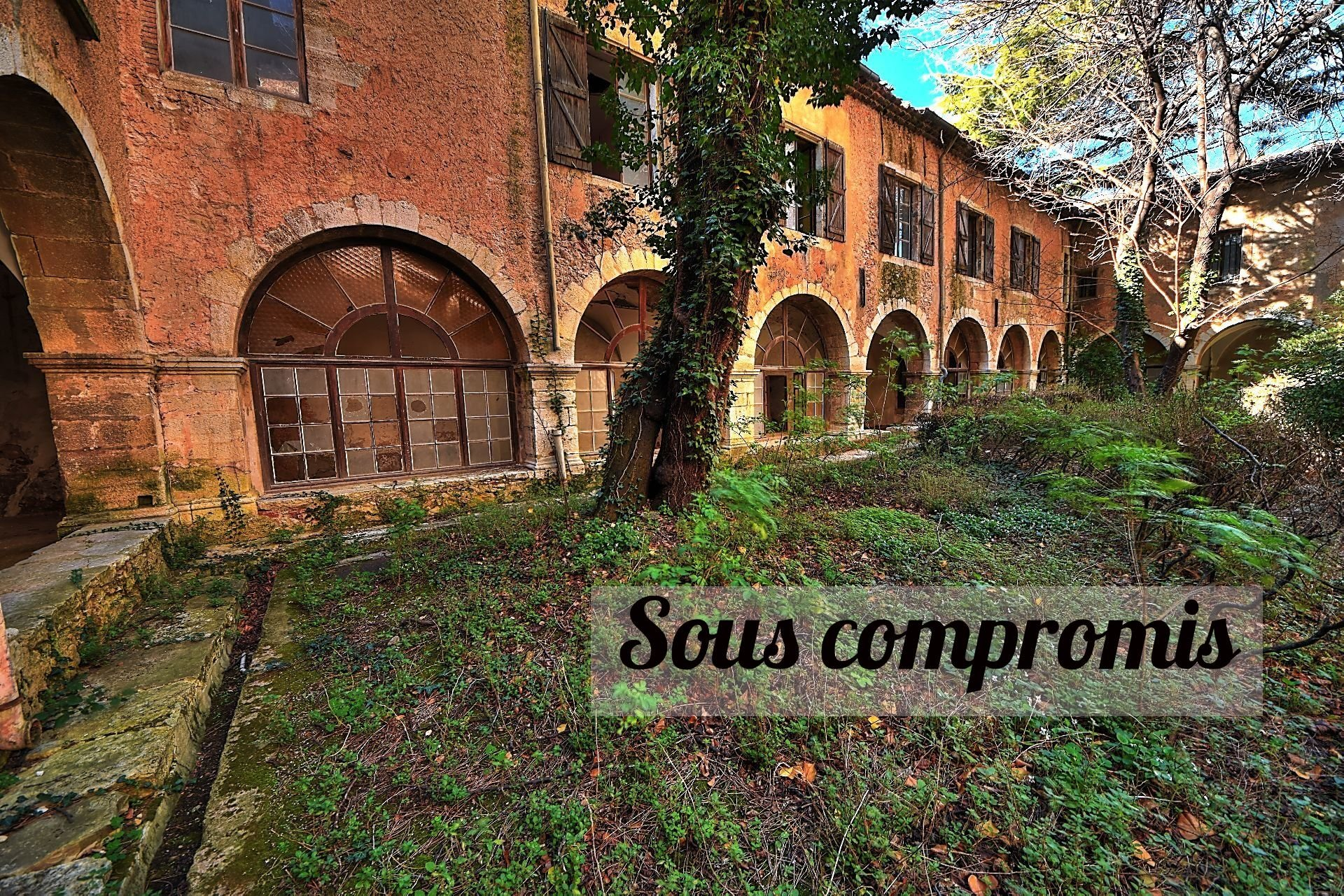 Sale Manor house Aups
