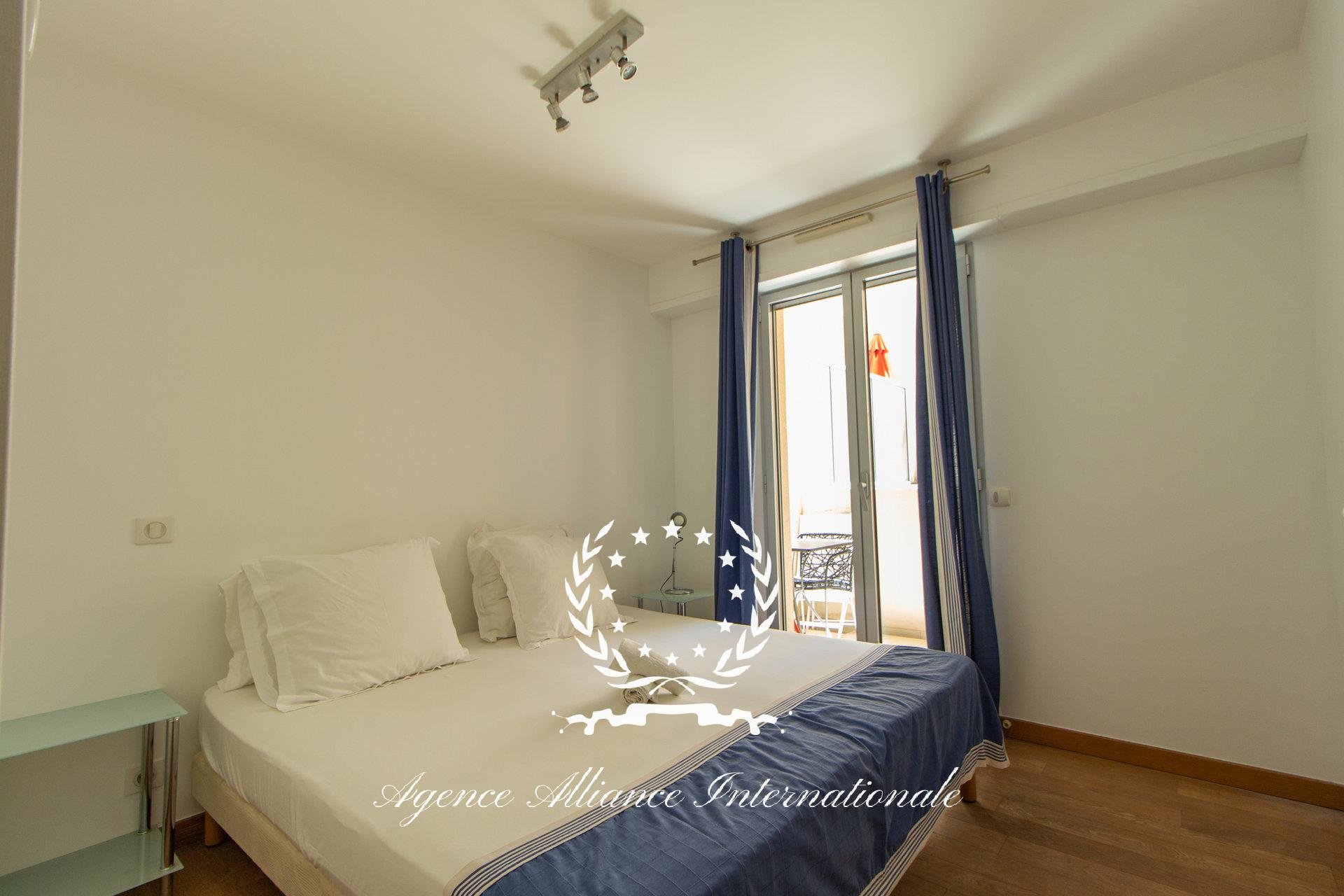 1 BEDROOM APARTEMENT 200M FROM THE BEACHES AND