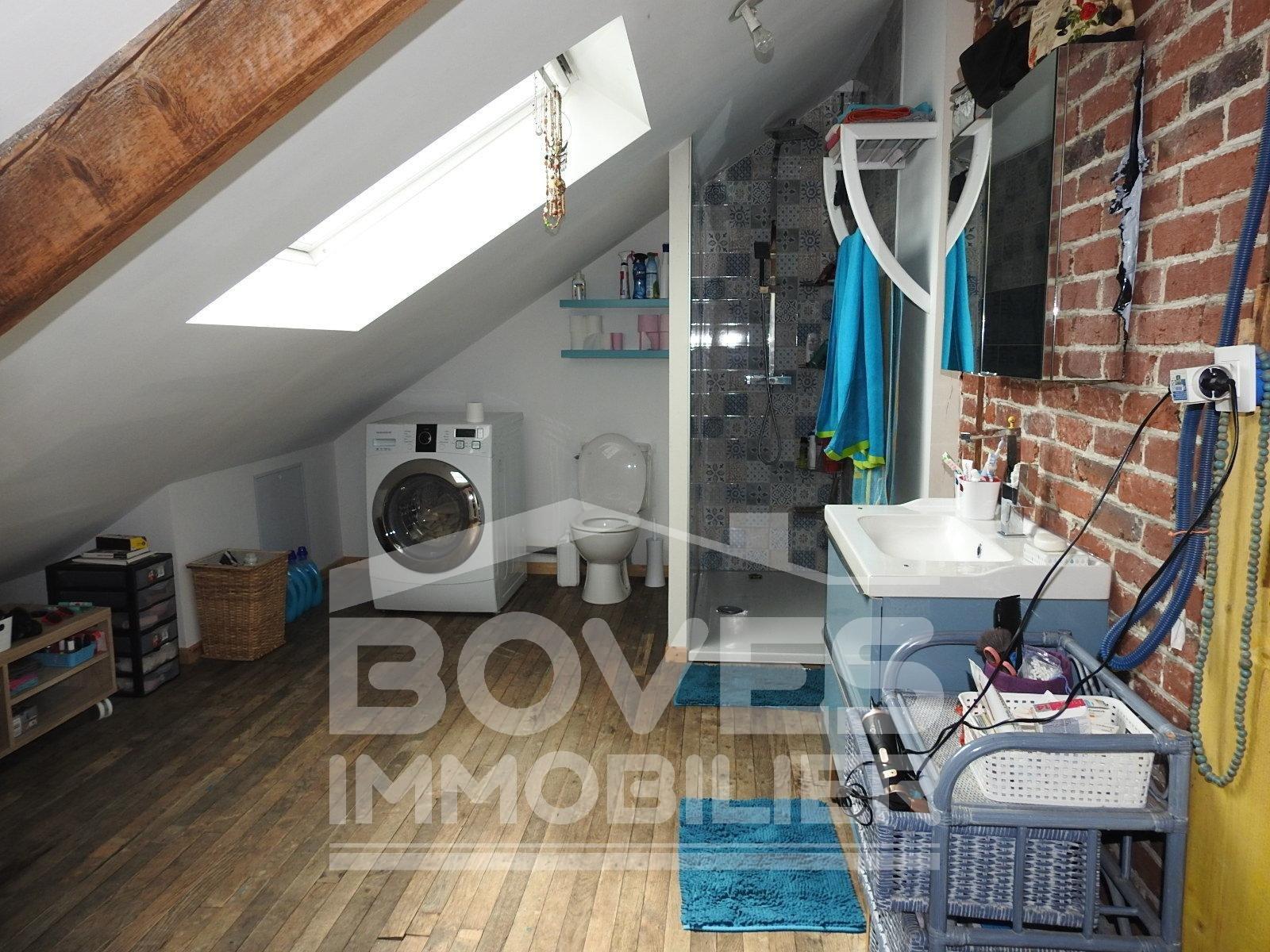 Maison 5 pièces sur 4400 m2 de parcelle