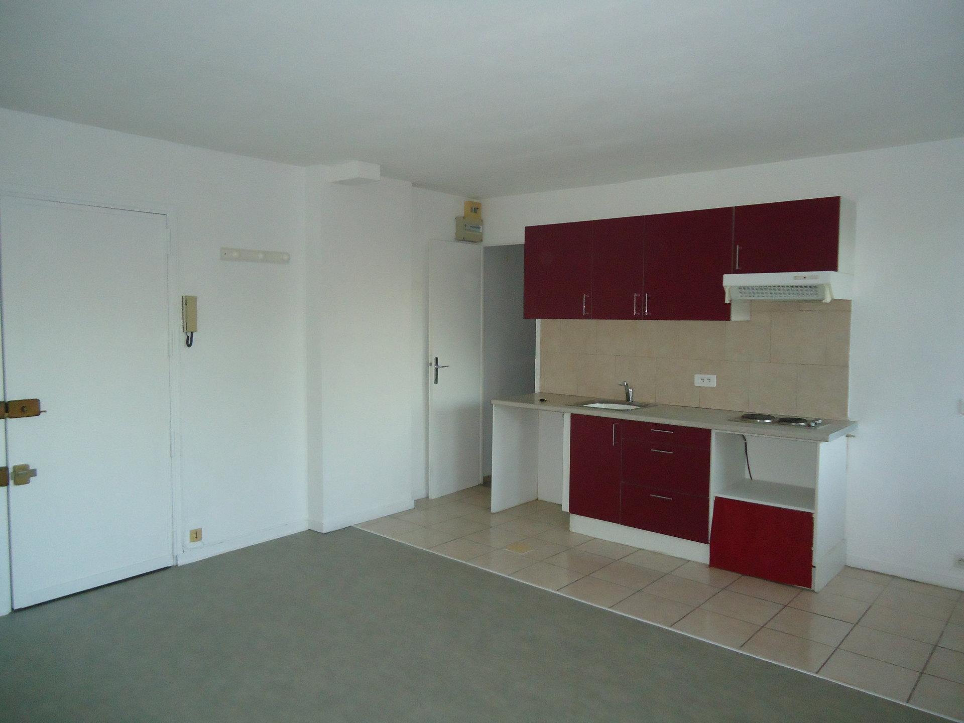 2 PIECES DE 36 m²