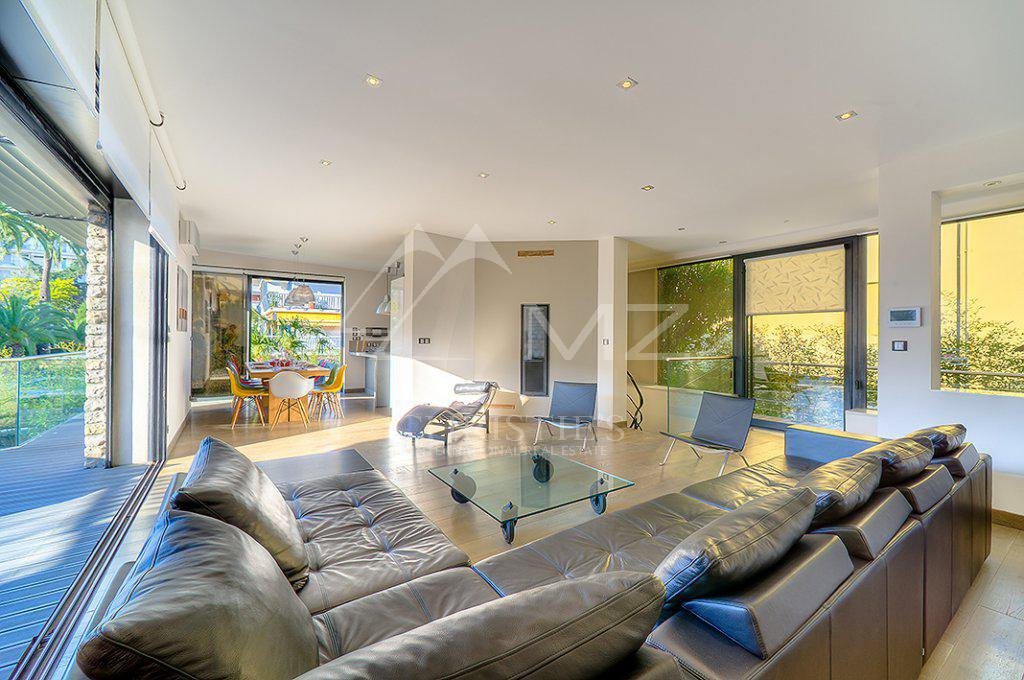 Additional photo for property listing at Seasonal rental - House Cannes (Palm Beach)  Cannes, Alpes-Maritimes,06400 France