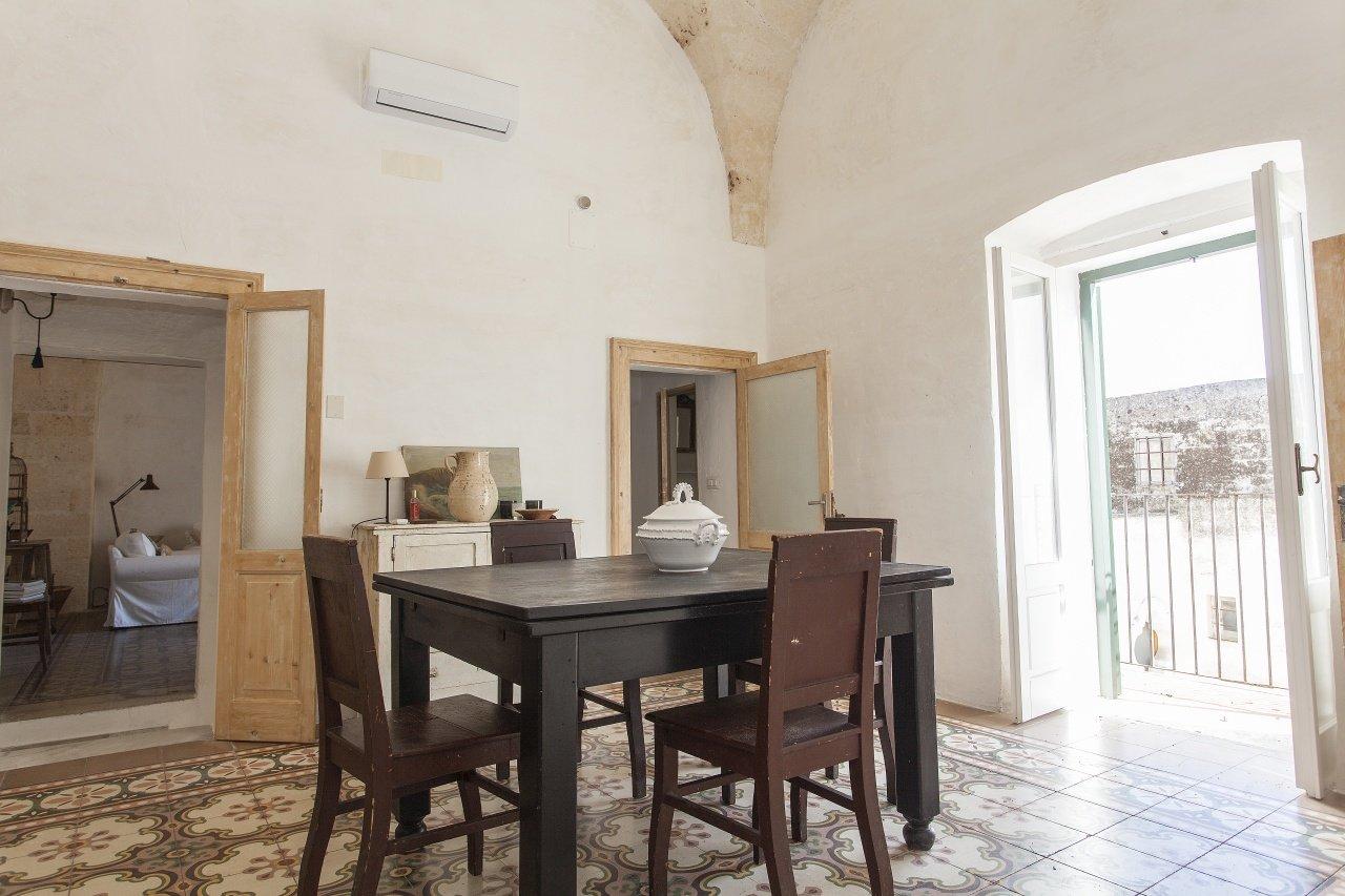 Stilvoll eingerichtete Wohnung mit Dachterrasse