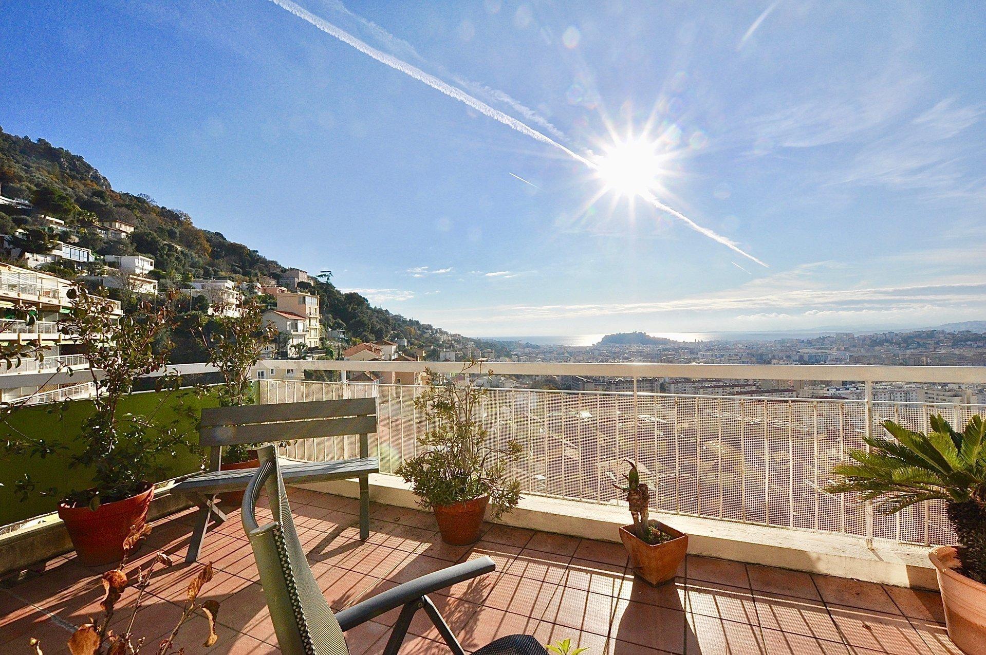 3 pieces terrasse panoramique - Nice grande corniche