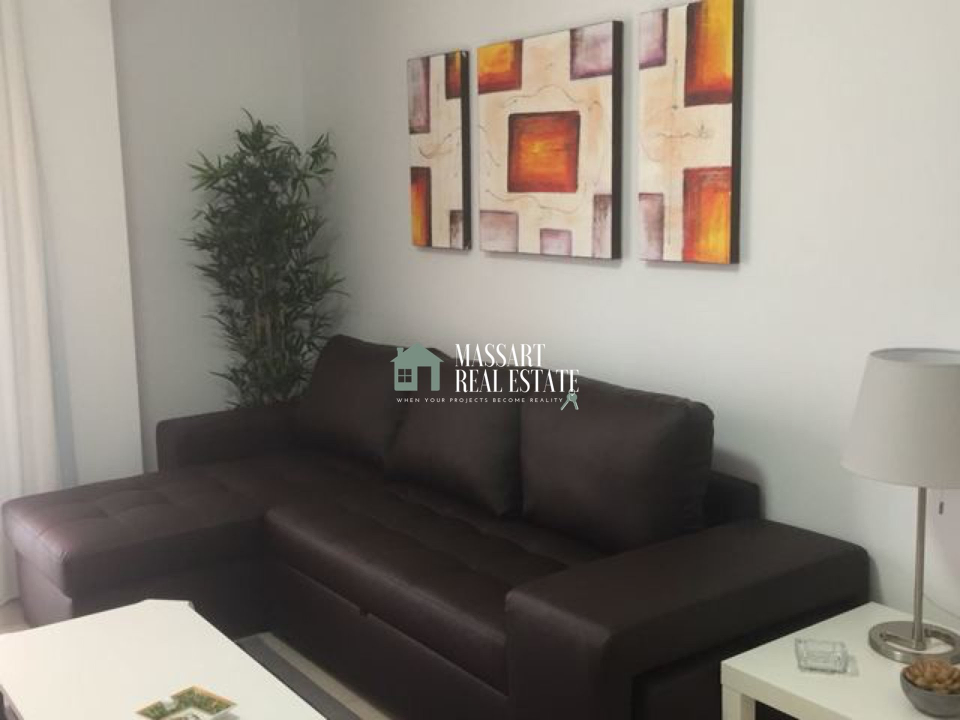 For rent in the coastal area of Alcalá (Guia de Isora), furnished apartment of about 60 m2 with a modern style.
